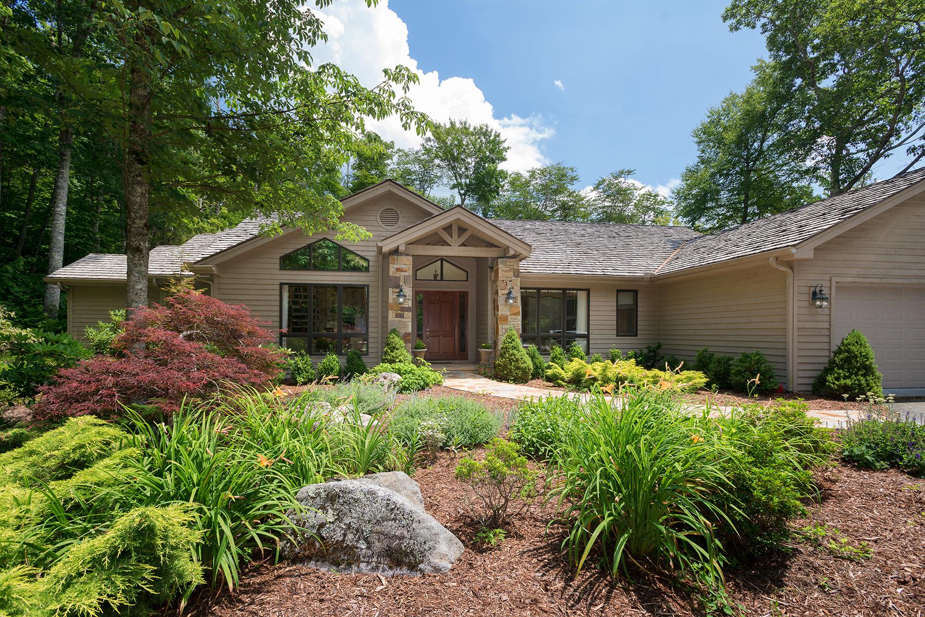 Maison unifamiliale pour l Vente à LINVILLE RIDGE 323 Dam Trail 3 Linville, Carolina Du Nord 28646 États-Unis