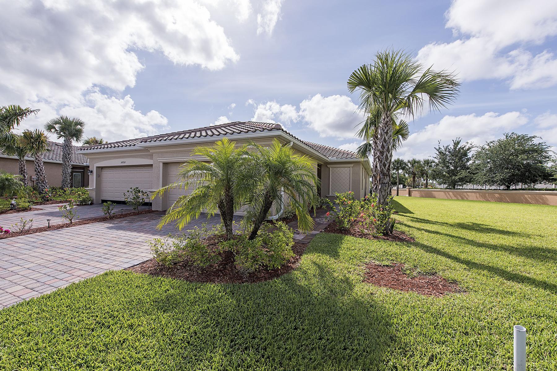 Adosado por un Venta en NAPLES - REFLECTION LAKES 14768 Cranberry Ct Naples, Florida 34114 Estados Unidos