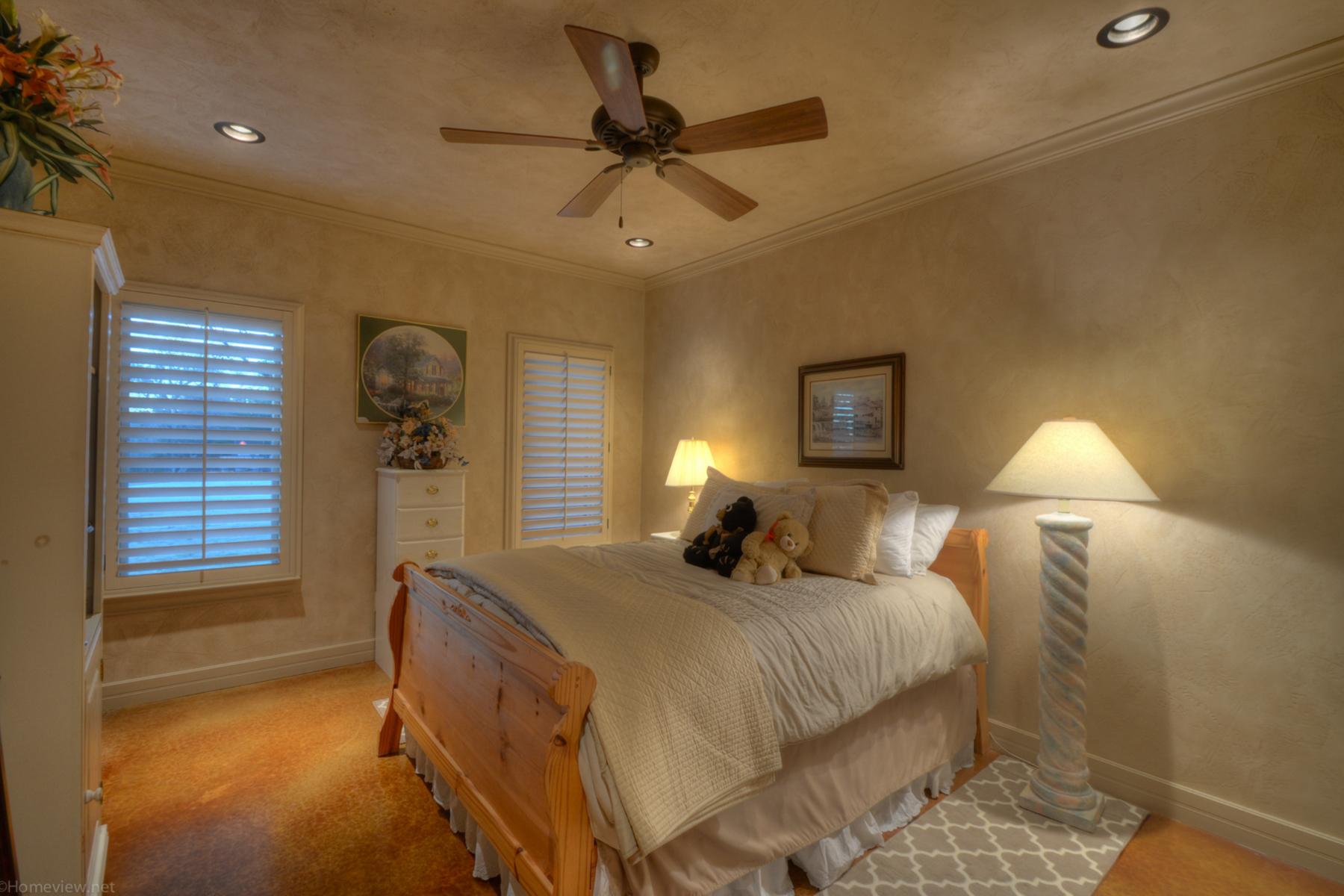 Additional photo for property listing at Extraordinary Property in Canyon Lake 15883 South Access Rd Canyon Lake, Texas 78133 Estados Unidos