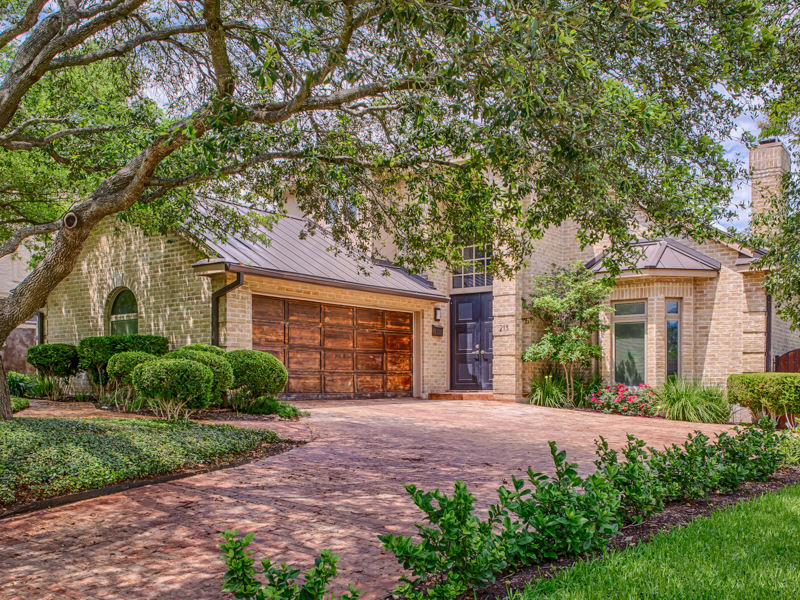 Single Family Home for Sale at Contemporary Home in Alamo Heights 215 Cloverleaf Ave San Antonio, Texas 78209 United States