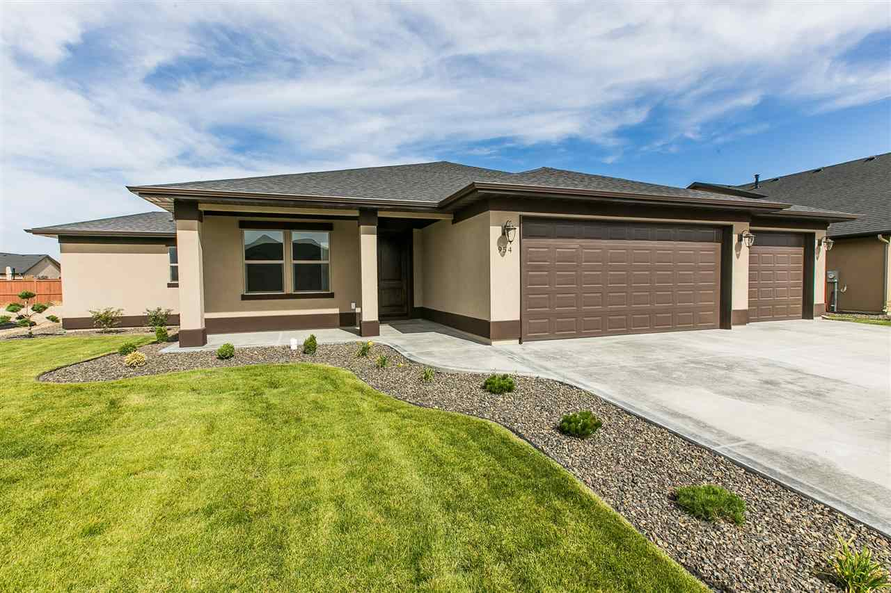 Single Family Home for Sale at 954 Nebula, Star 954 N Nebula Pl Star, Idaho, 83669 United States