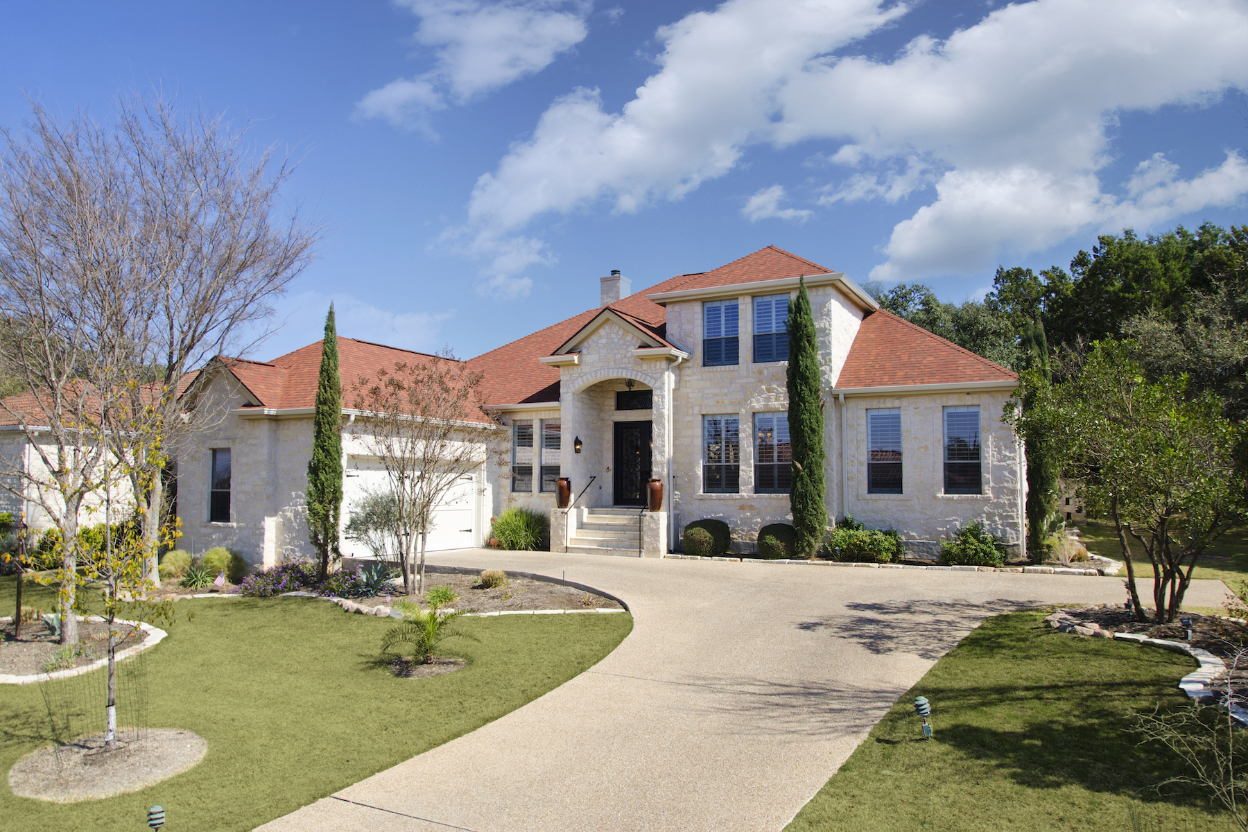 Single Family Home for Sale at Timeless Home with Old World Touches 91 Duck Lake Dr Lakeway, Texas, 78734 United States