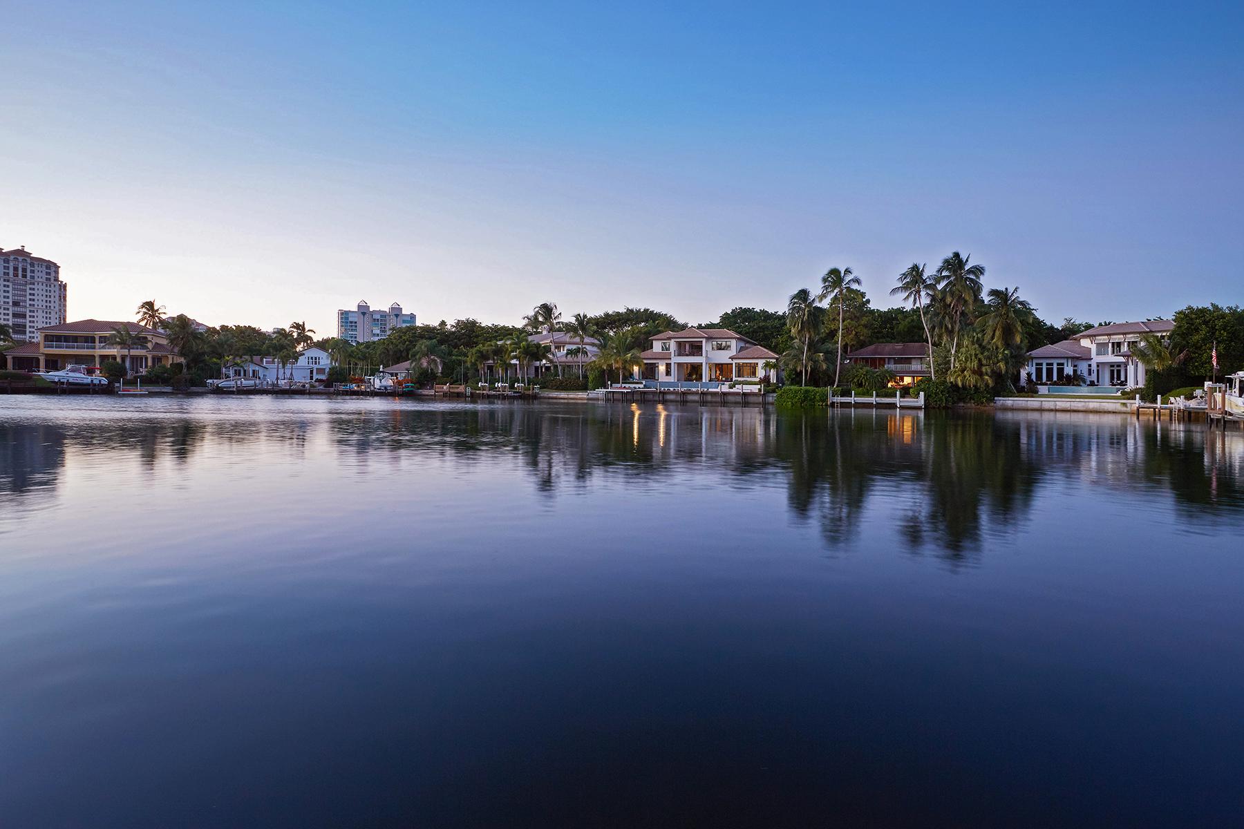 단독 가정 주택 용 매매 에 PARK SHORE 377 Pirates Bight Naples, 플로리다, 34103 미국