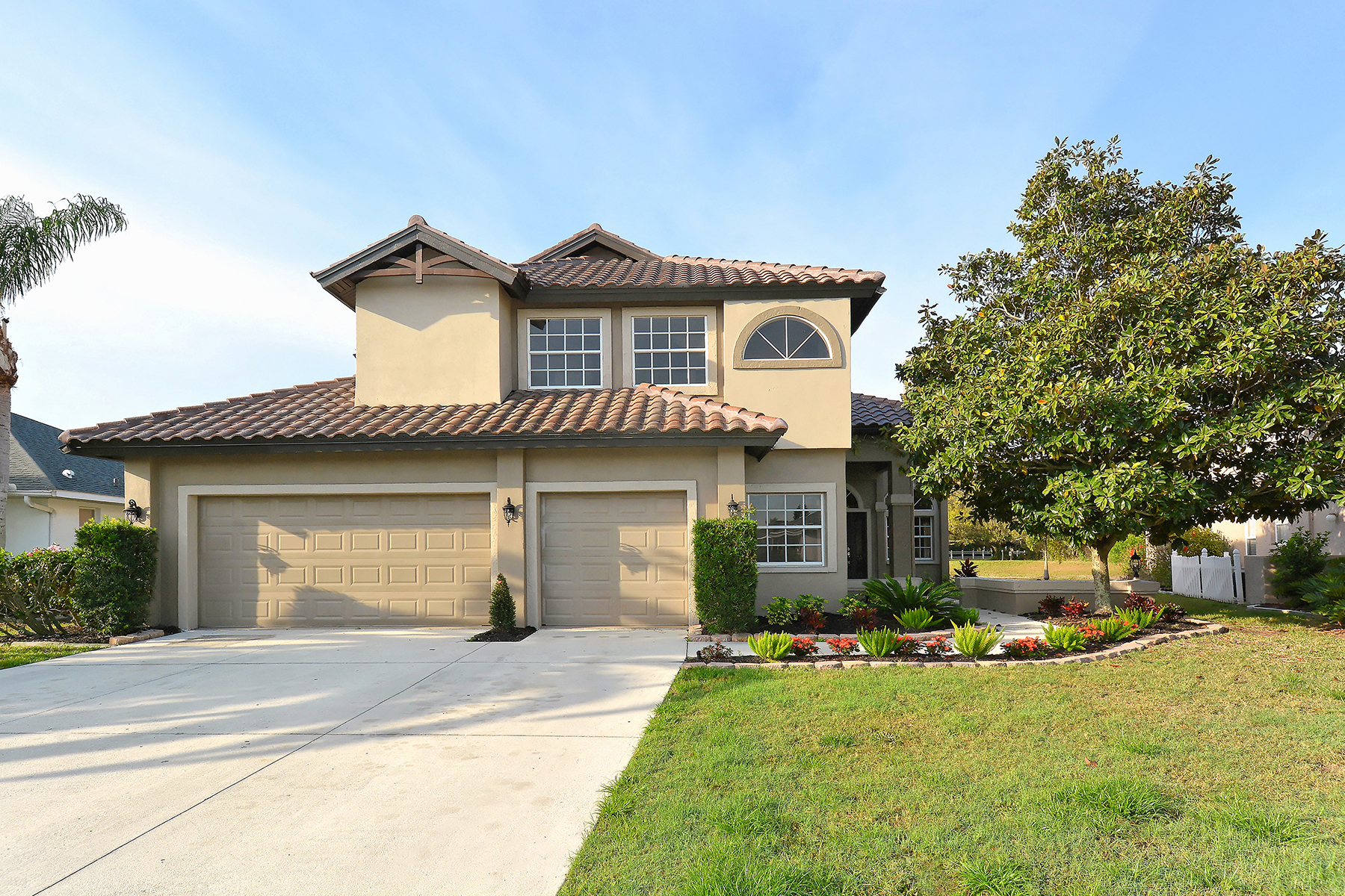 Single Family Home for Sale at MOTE RANCH 5762 Carriage Dr Sarasota, Florida, 34243 United States