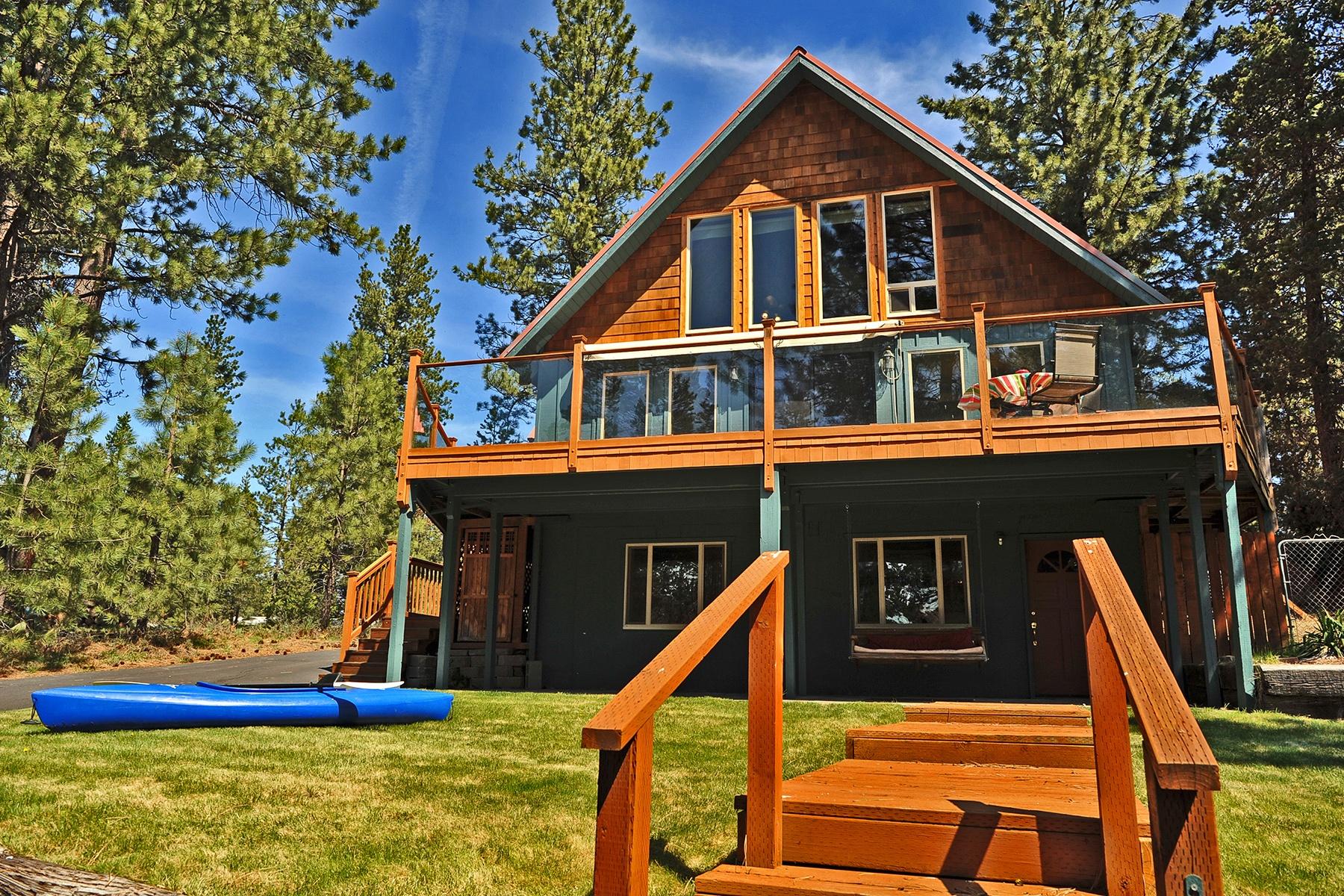 独户住宅 为 销售 在 Blue Heron Beauty- Deschutes Access 17199 Blue Heron Dr 本德, 俄勒冈州, 97707 美国