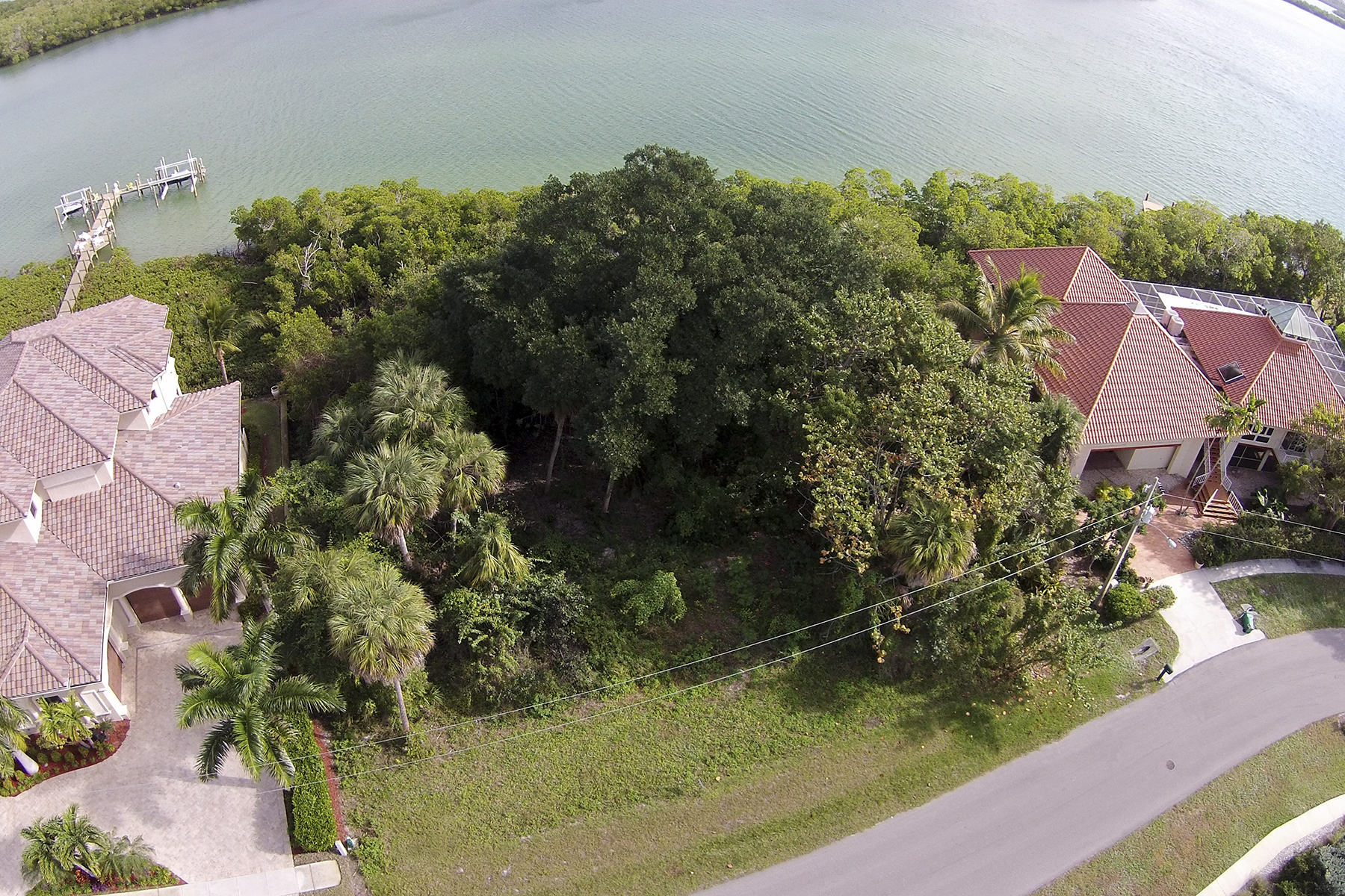 sales property at MARCO ISLAND - CAXAMBAS DRIVE