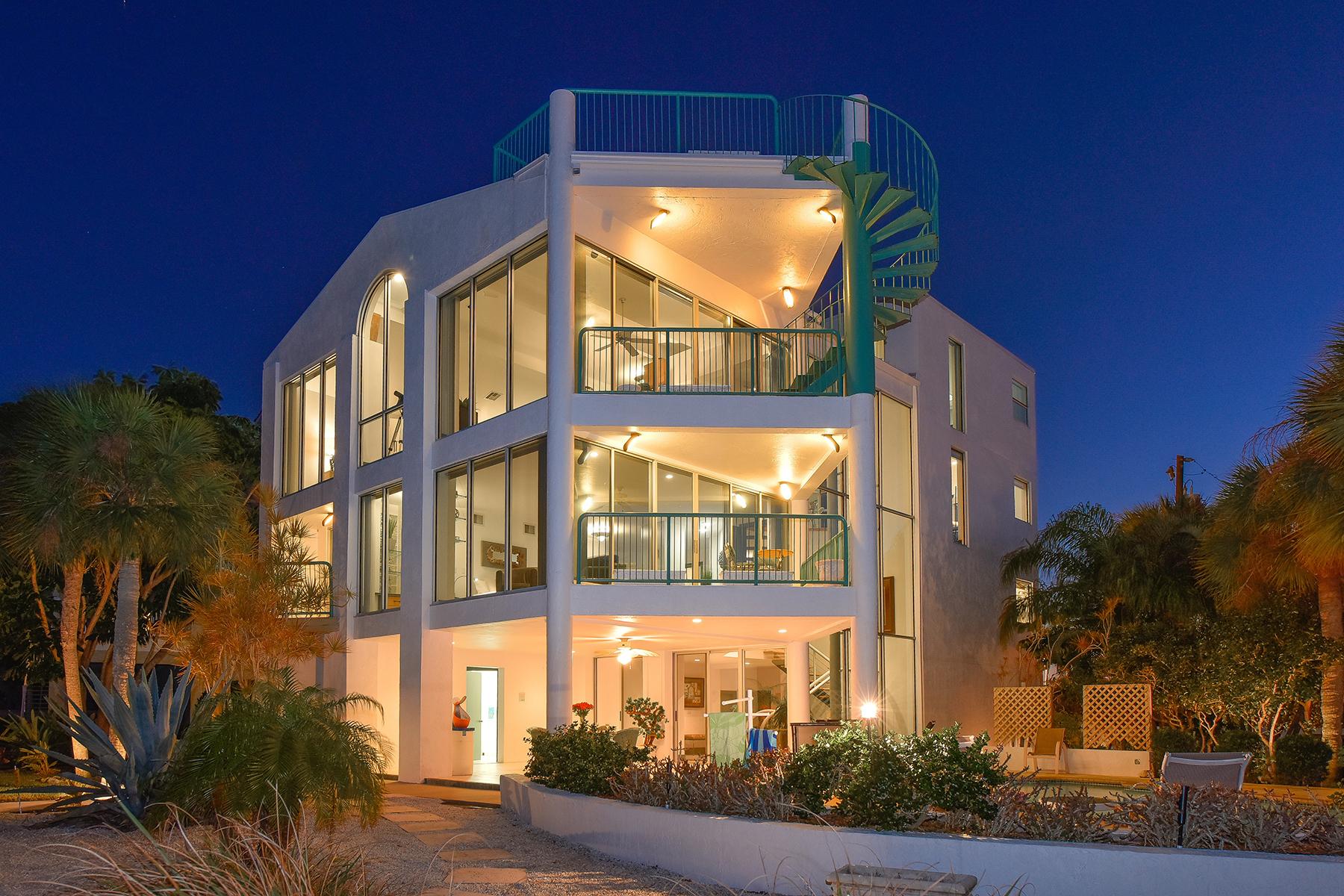 Casa para uma família para Venda às LAGUNA PARK - VENICE ISLAND 723 El Dorado Dr Venice, Florida, 34285 Estados Unidos