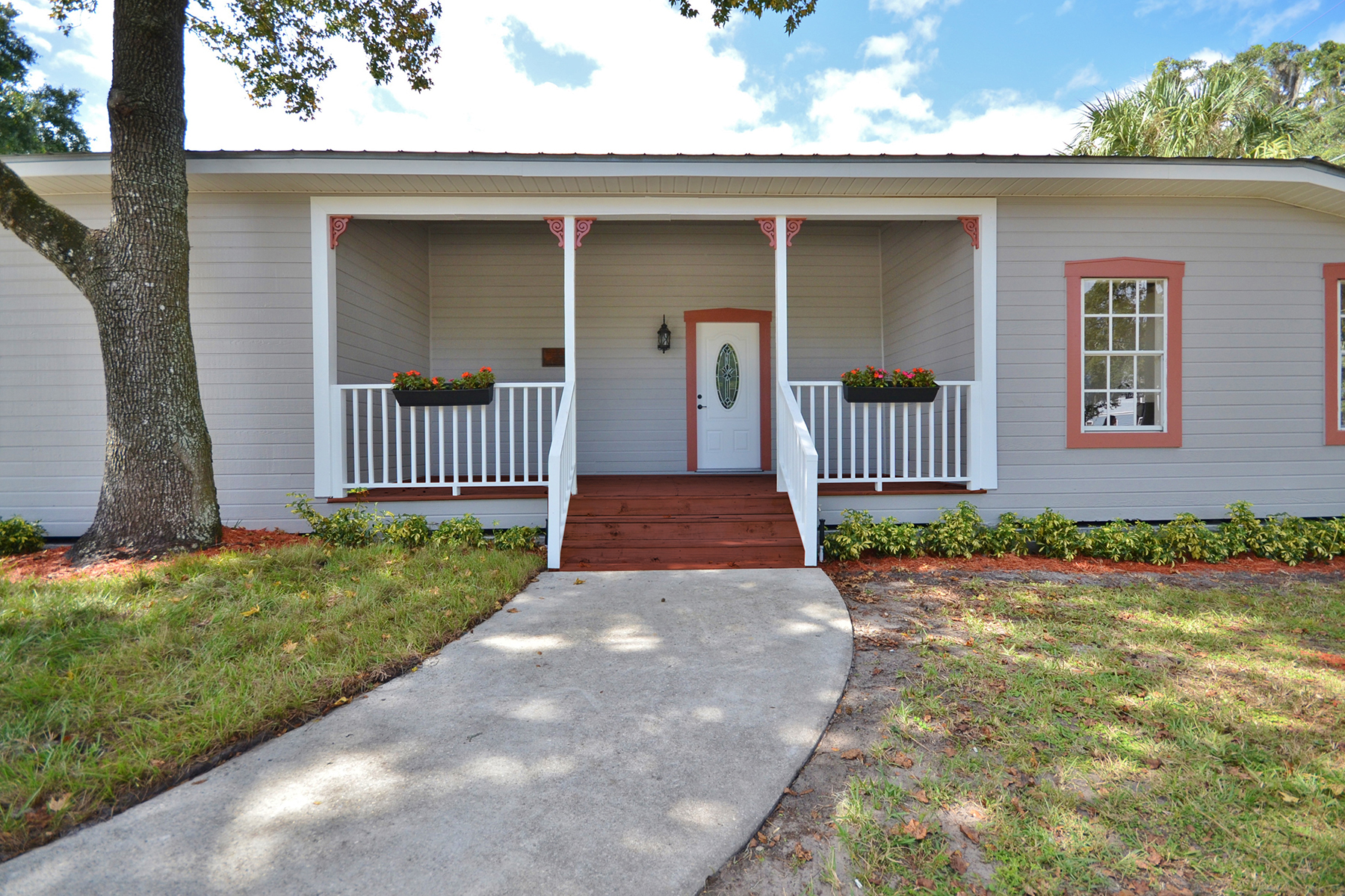 Single Family Home for Sale at ORLANDO - HISTORIC LONGWOOD 402 Wilma St Longwood, Florida 32750 United States