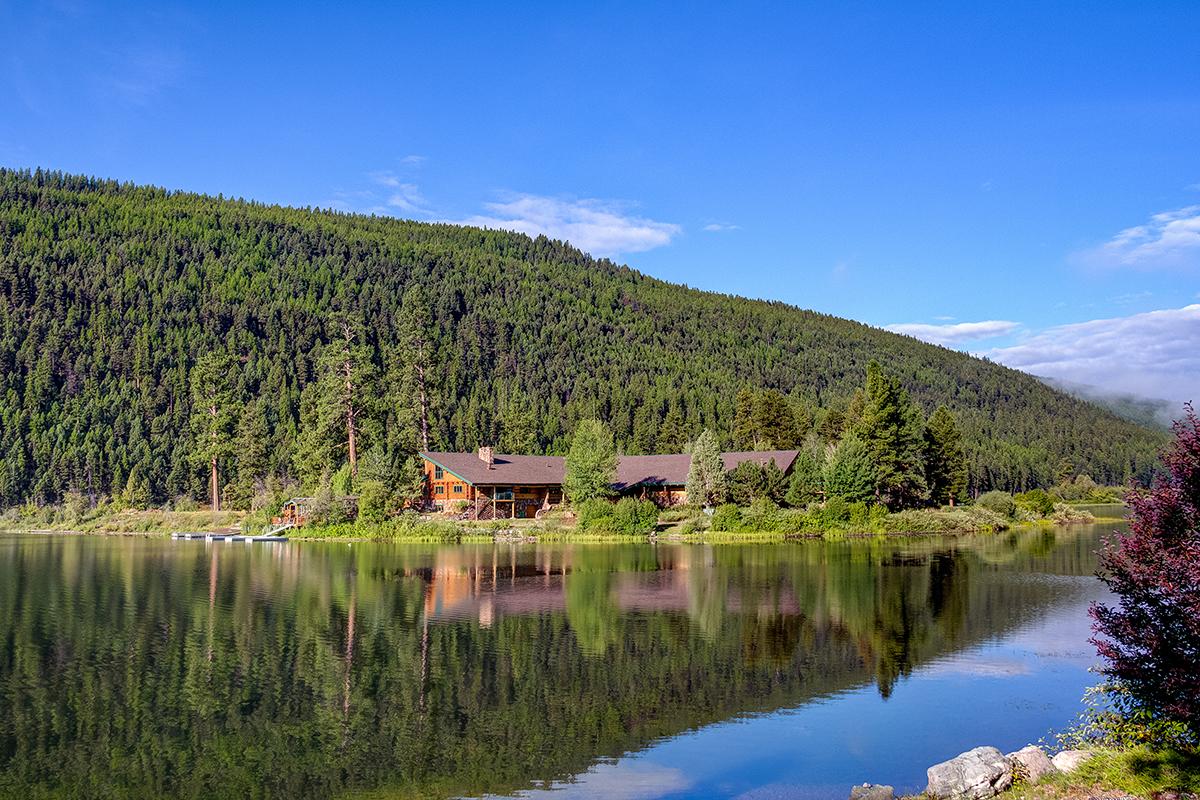 Частный Остров для того Продажа на 2433 Hwy 83 N, Seeley Lake, MT 59868 2433 Hwy 83 N Seeley Lake, Монтана, 59868 Соединенные Штаты