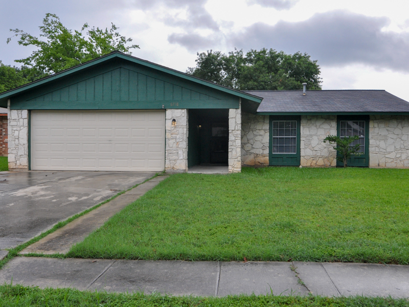 獨棟家庭住宅 為 出售 在 Lovely Home in Scottswood 8718 Carrington San Antonio, 德克薩斯州 78239 美國