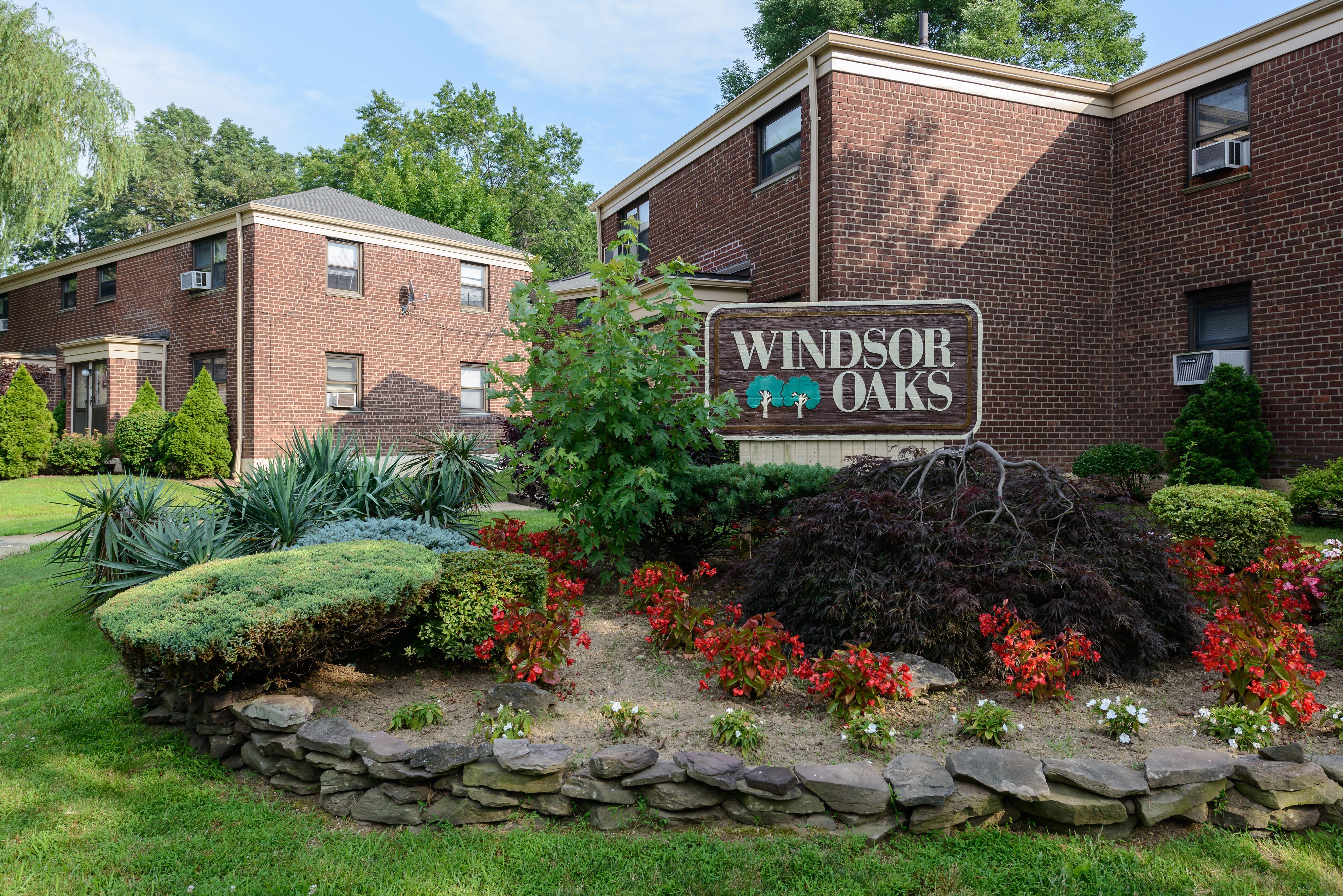 Apartamento para Venda às Co-Op 219-15 74th Ave 2 Bayside, Nova York, 11364 Estados Unidos