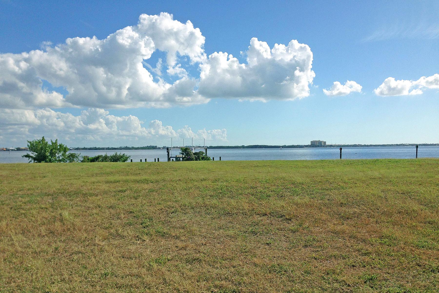 Land for Sale at CAPE CORAL 1617 Edith Esplanade 0220 Cape Coral, Florida 33904 United States