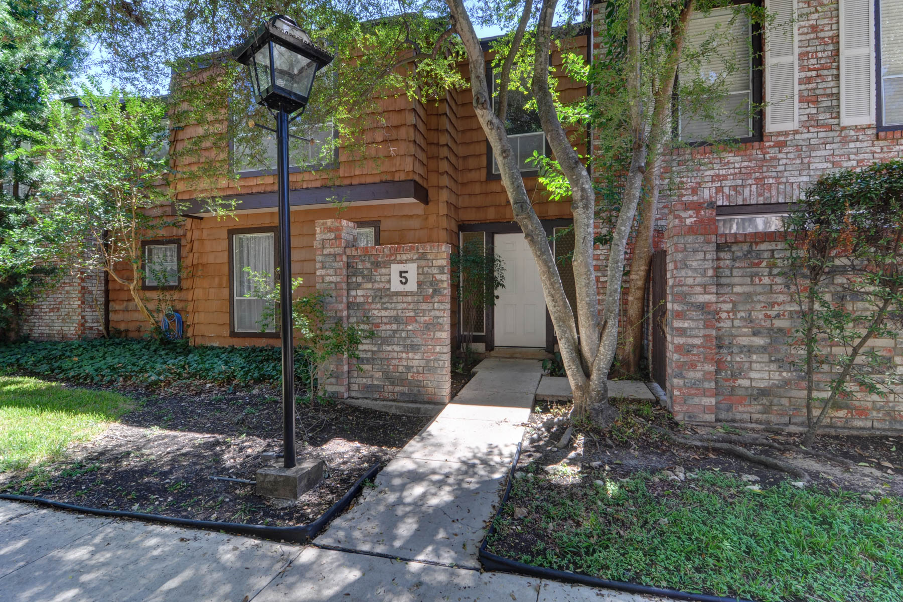 Condominium for Sale at Wonderful Property in Barrington 3803 Barrington St 5C San Antonio, Texas 78217 United States