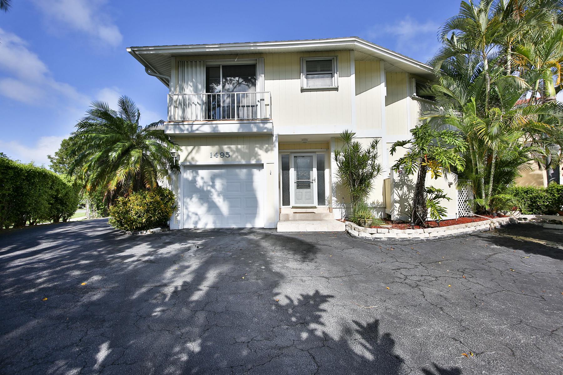 Villetta a schiera per Vendita alle ore OYSTER BAY - CLUB AT BLUE POINT 1495 Blue Point Ave C Naples, Florida, 34102 Stati Uniti