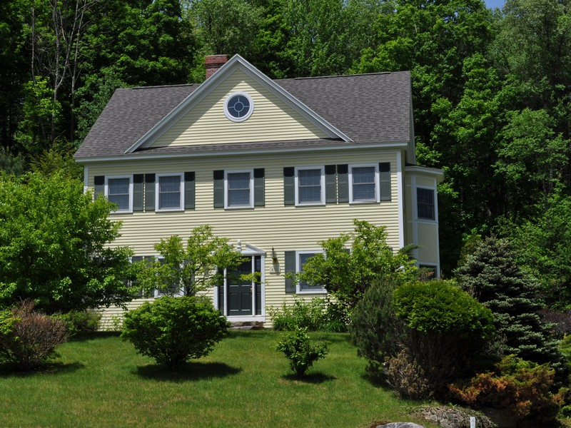Single Family Home for Sale at Village Glen Colonial 451 Village Glen Manchester, Vermont, 05254 United States