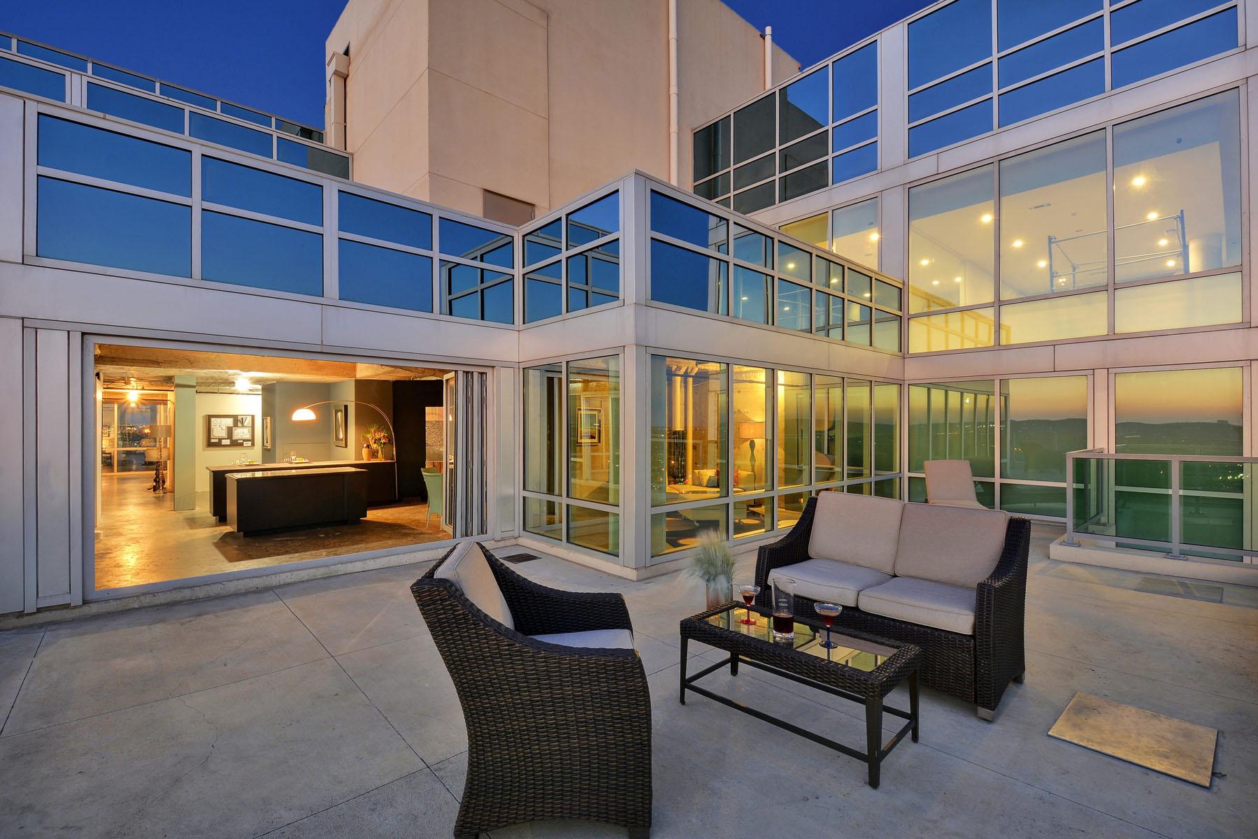 Nhà chung cư vì Bán tại The Spring Penthouse 300 Bowie St 4201 Austin, Texas, 78703 Hoa Kỳ