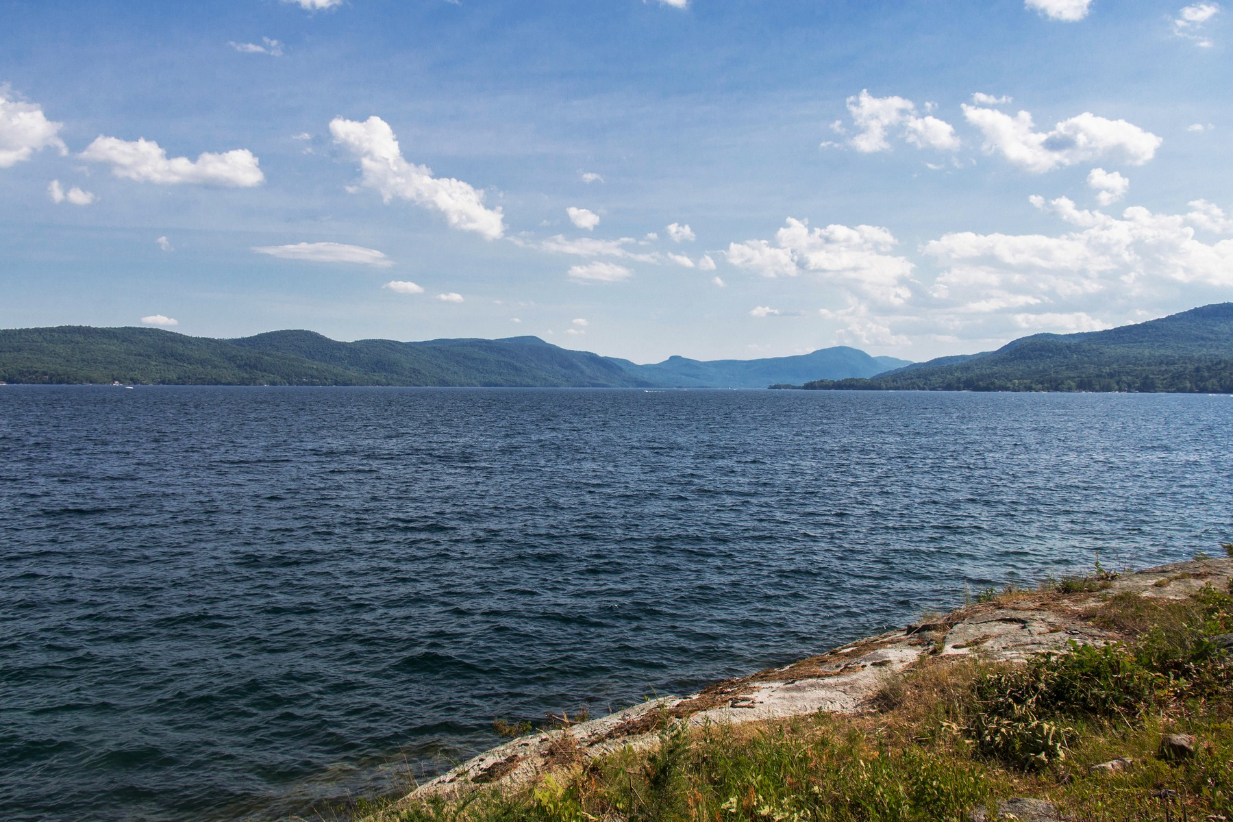 Additional photo for property listing at Ruah House on Lake George 9221  Lakeshore Dr Hague, Нью-Йорк 12836 Соединенные Штаты