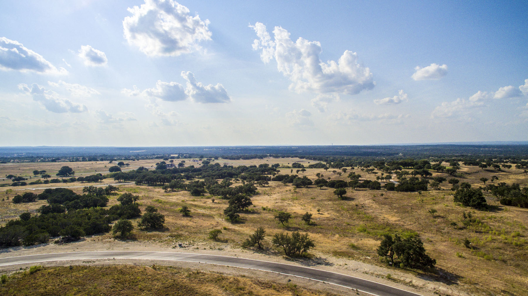 Terreno por un Venta en Beautiful Views of Texas Hill Country 112 Rock Bend Ct Spicewood, Texas 78669 Estados Unidos