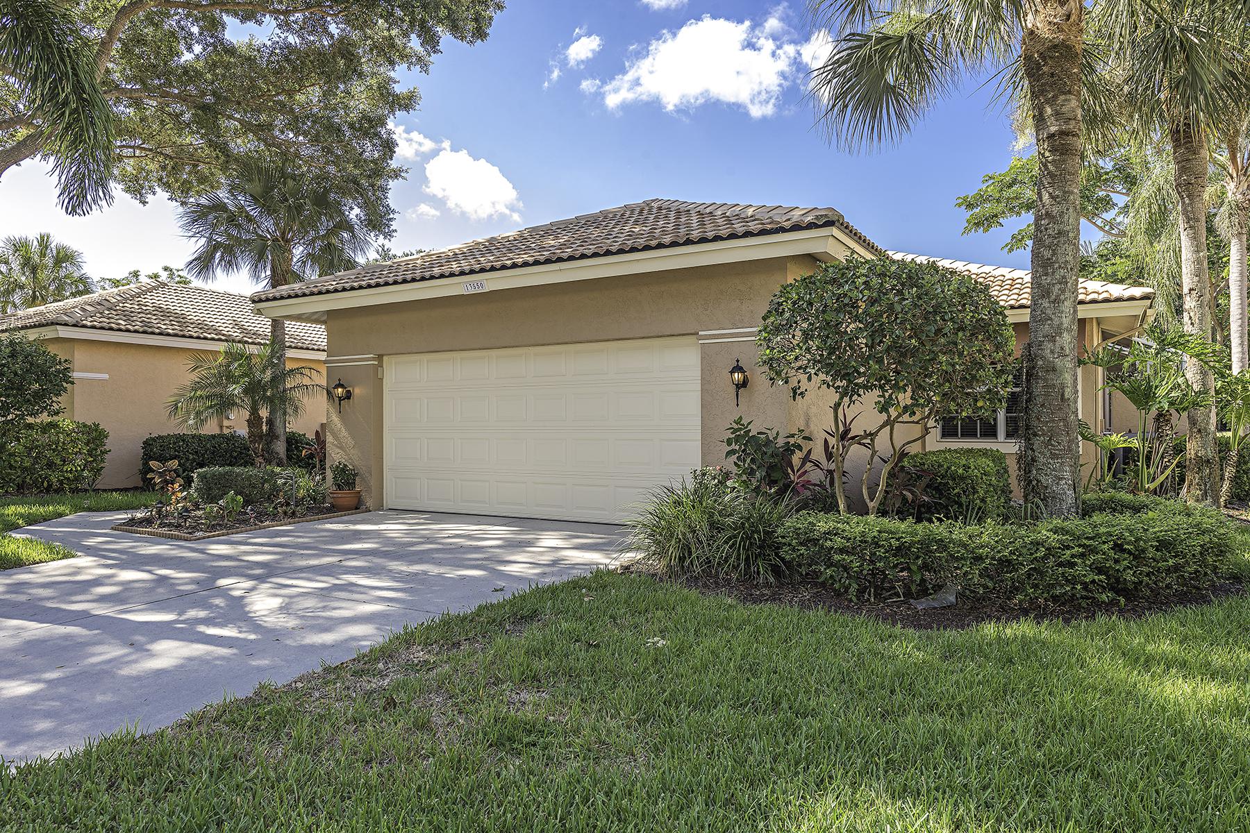 Casa para uma família para Venda às WORTHINGTON 13550 Southampton Dr Bonita Springs, Florida, 34135 Estados Unidos