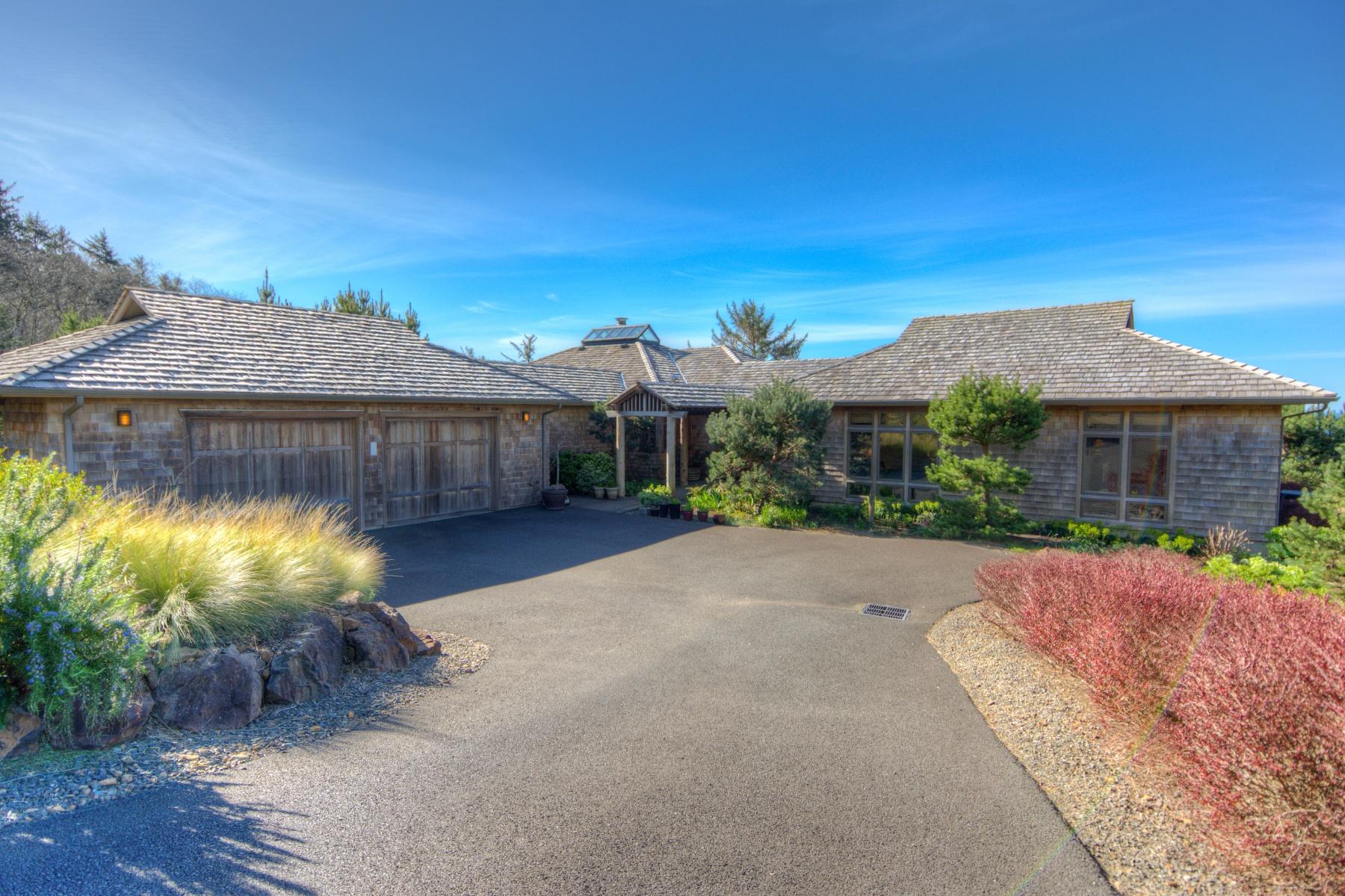 Nhà ở một gia đình vì Bán tại 8800 MARINERS TRAIL, MANZANITA 8800 MARINERS Trl Manzanita, Oregon, 97130 Hoa Kỳ