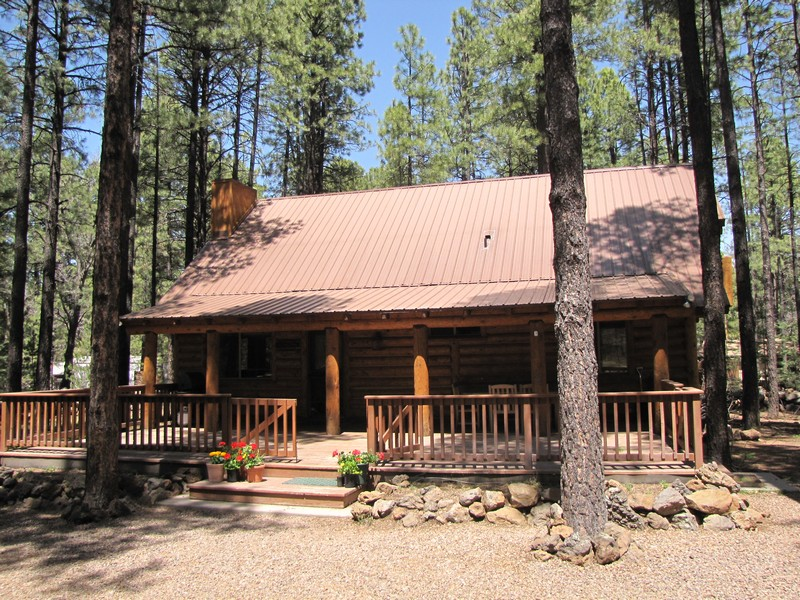 Property For Sale at Beautiful Log Cabin in Most Desirable Guard Gated White Mountain Summer Homes