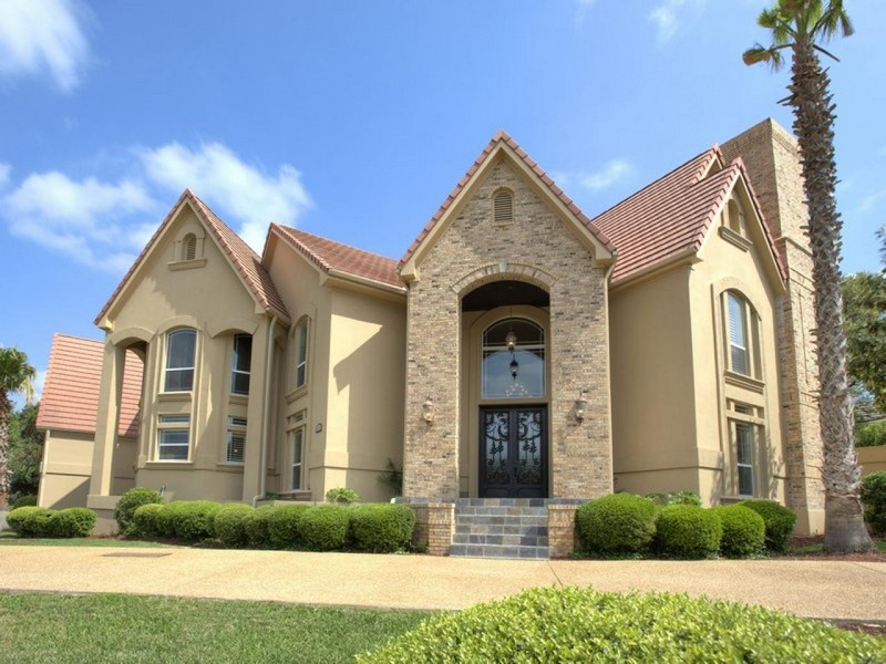 Single Family Home for Sale at Gorgeous Dominion Estate 22 Carriage Hills San Antonio, Texas 78257 United States