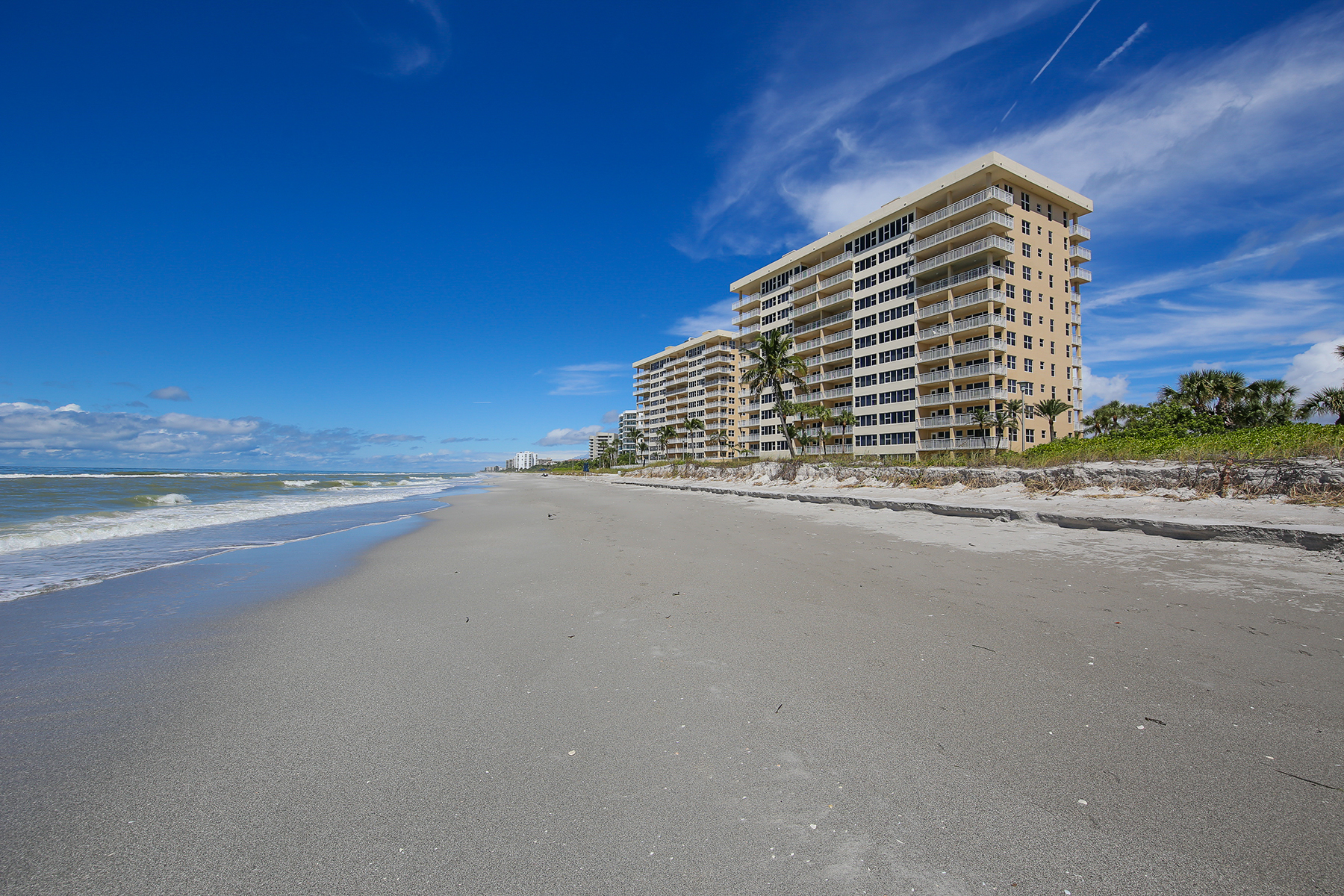 sales property at LONGBOAT KEY TOWERS