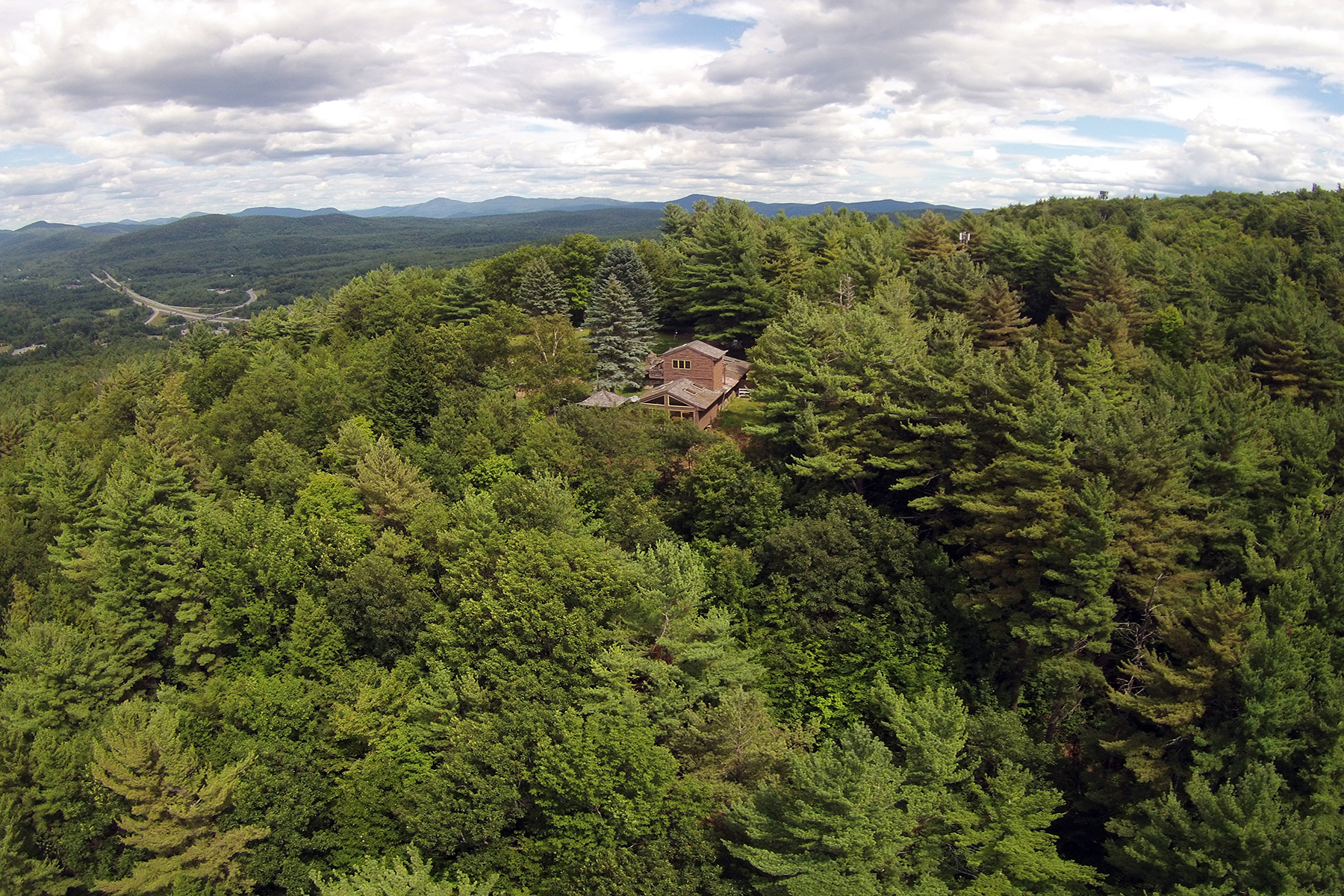 Additional photo for property listing at Unparalleled Adirondack Views 80  Whalen Dr Warrensburg, New York 12885 États-Unis