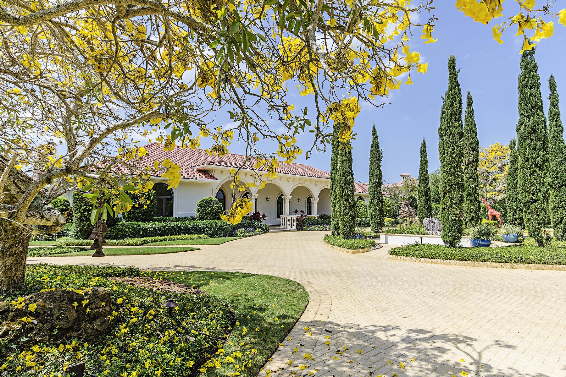 Villa per Vendita alle ore 196 Eugenia Dr , Naples, FL 34108 196 Eugenia Dr Naples, Florida, 34108 Stati Uniti