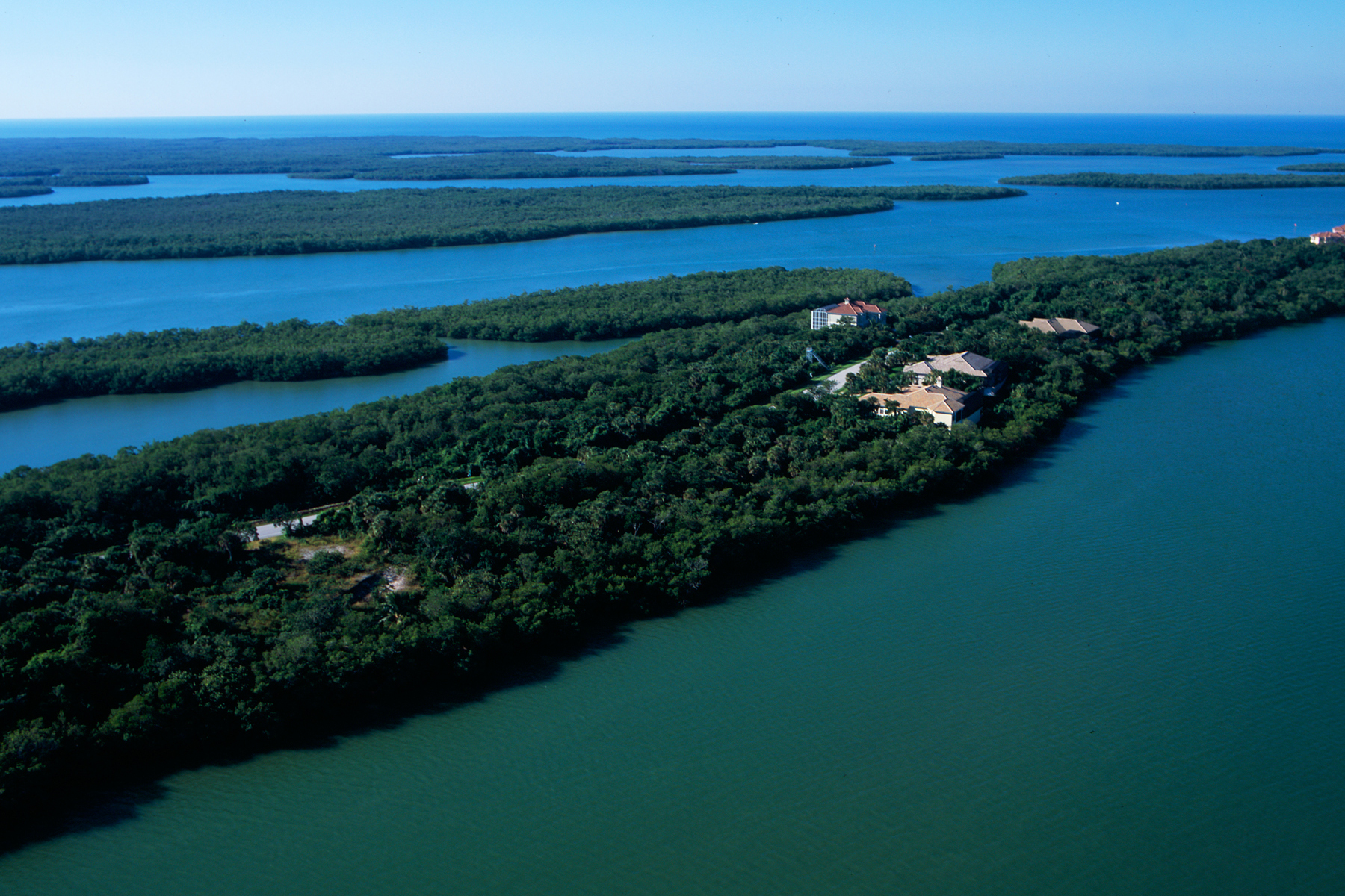 Terrain pour l Vente à KEY MARCO - BLUE HILL CREEK DRIVE 1211 Blue Hill Creek Dr Marco Island, Florida 34145 États-Unis