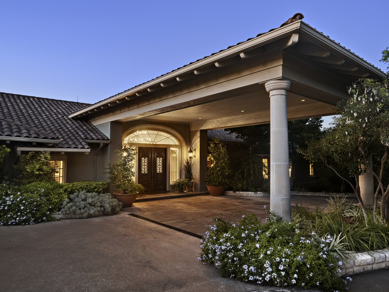 Single Family Home for Sale at Elegant View Estate 3663 Lost Creek Blvd Austin, Texas 78735 United States