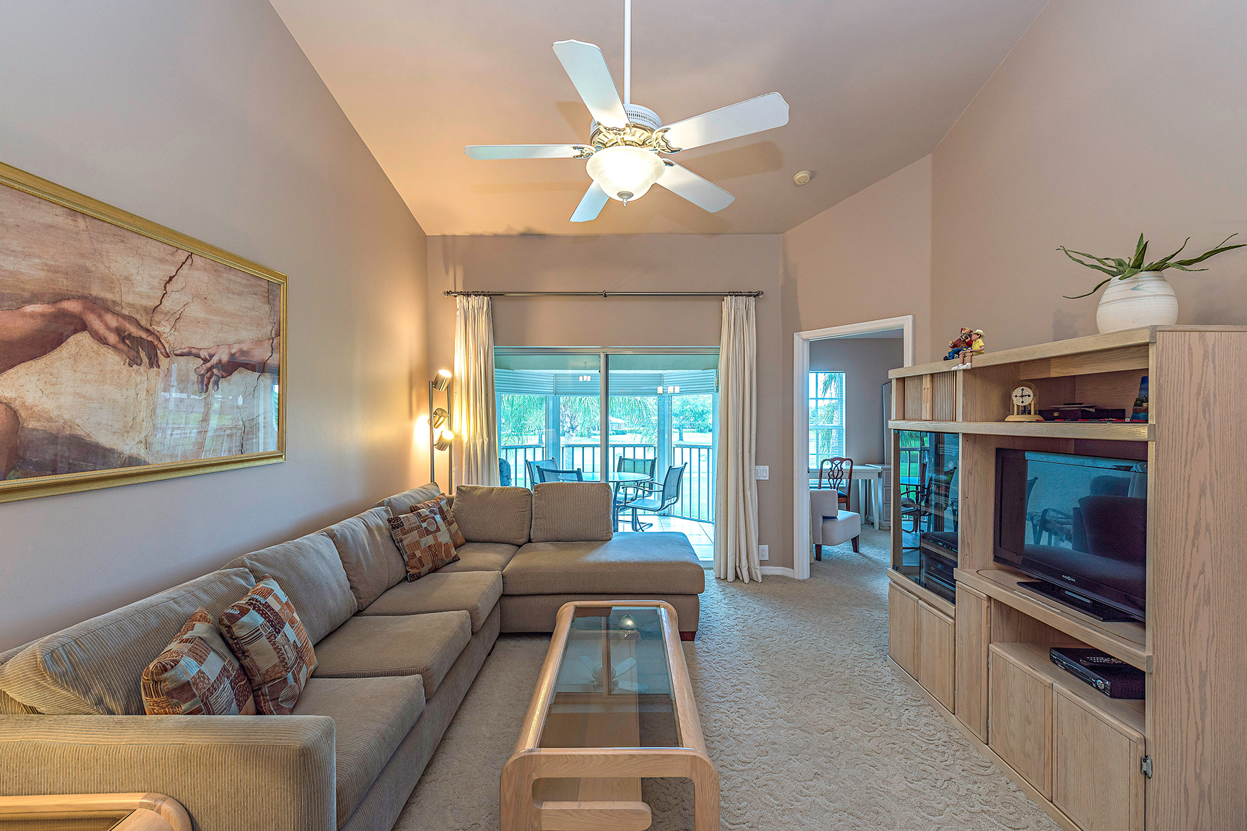 Condomínio para Venda às WORTHINGTON 13611 Worthington Way 1310 Bonita Springs, Florida, 34135 Estados Unidos