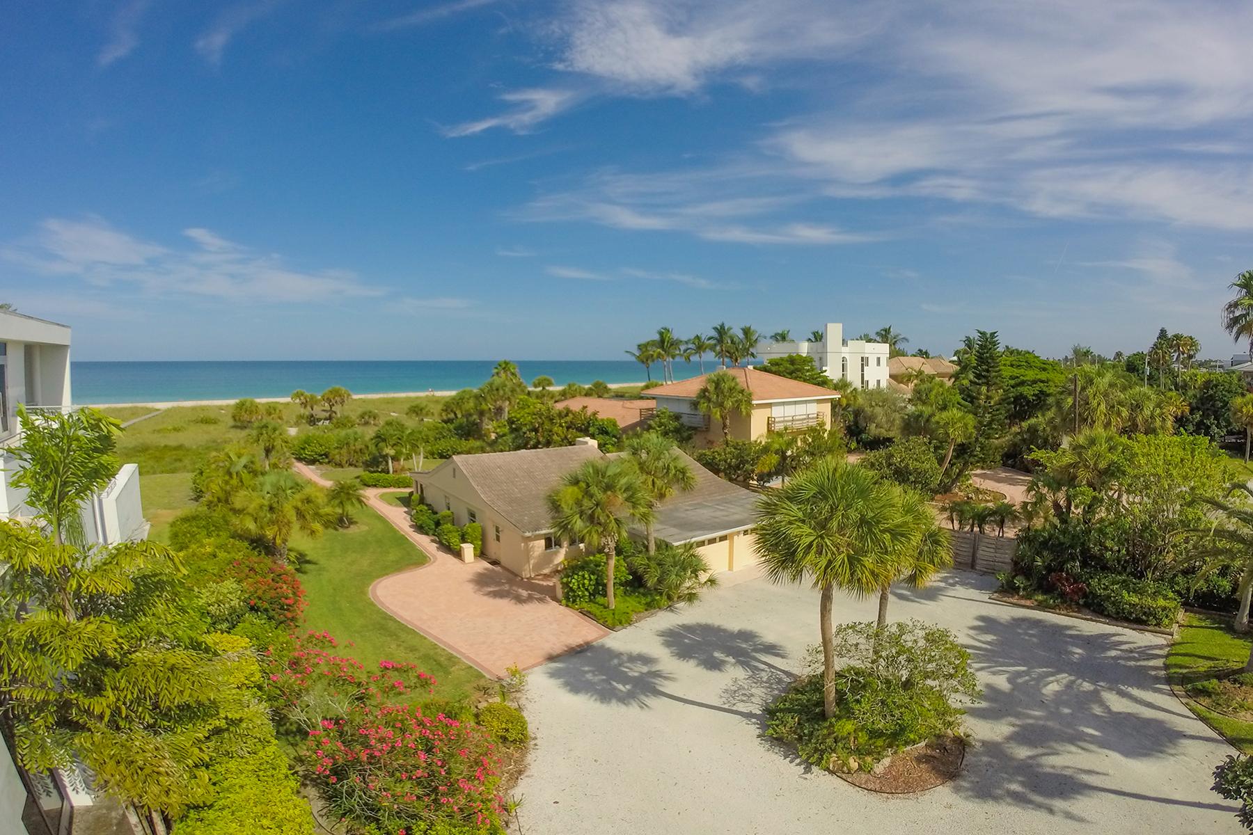 Casa para uma família para Venda às CASEY KEY 608 S Casey Key Rd Nokomis, Florida 34275 Estados Unidos