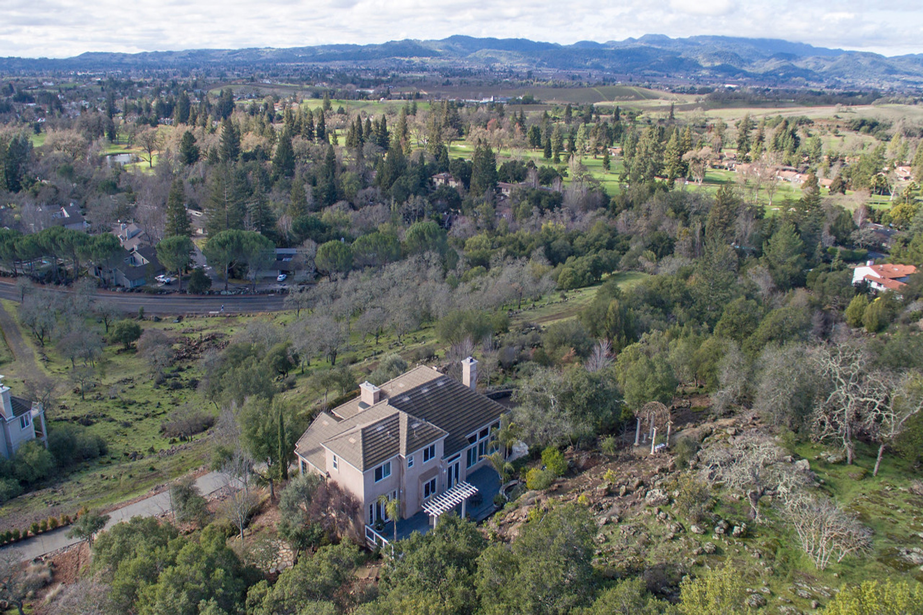 Property For Sale at 1131 Castle Oaks Dr, Napa, CA 94558