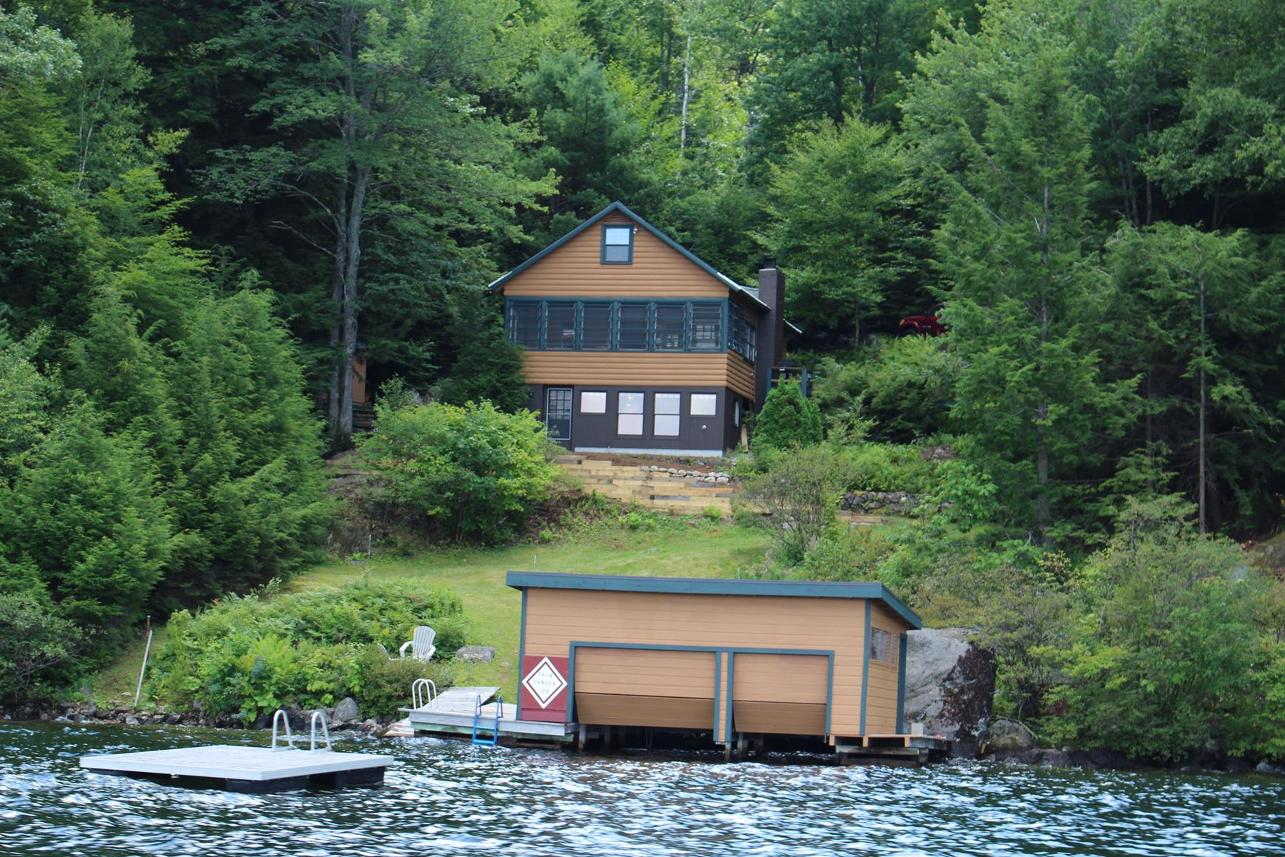 Villa per Vendita alle ore 328 Bay Point Road, Sunapee 328 Bay Point Rd Sunapee, New Hampshire, 03782 Stati Uniti