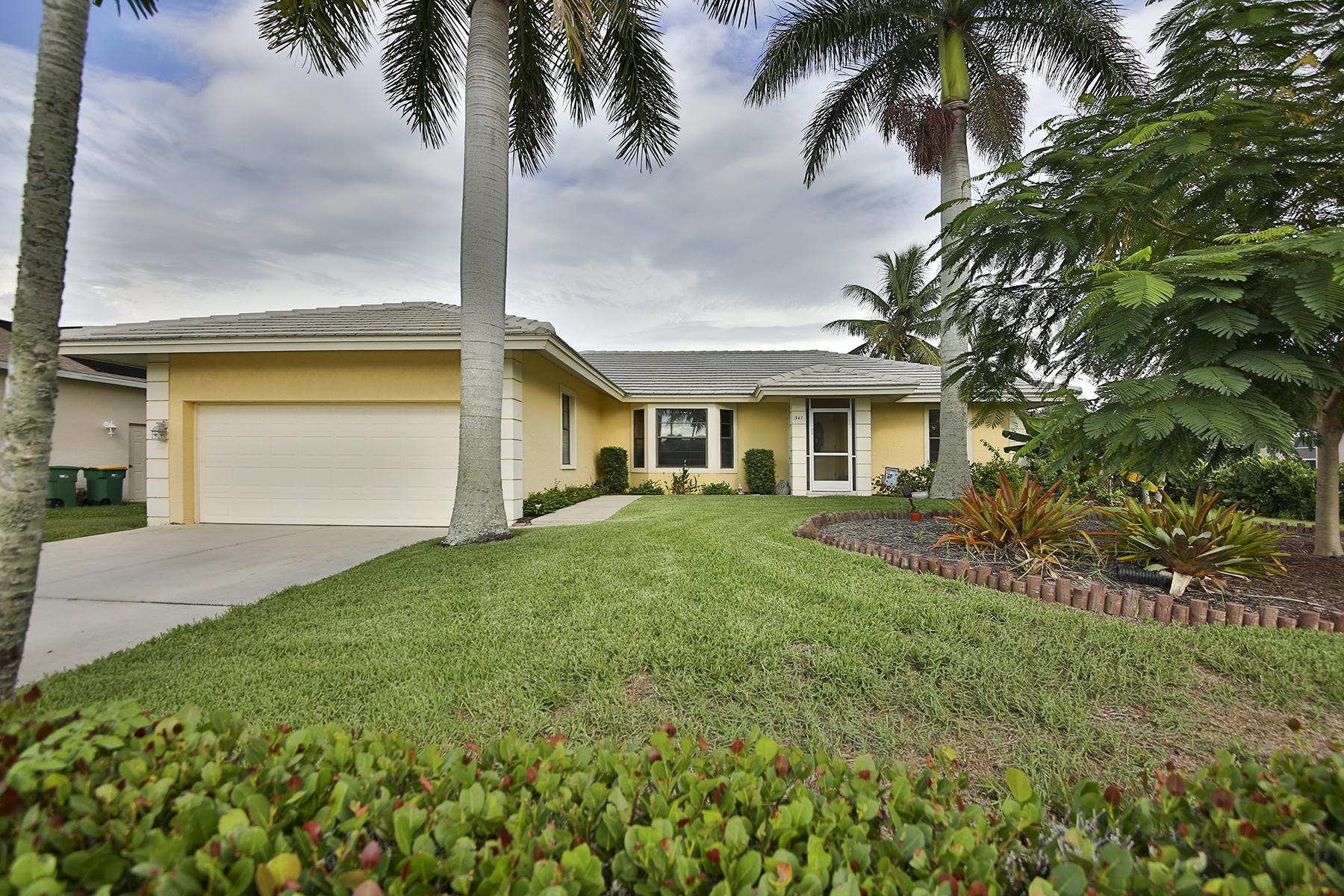 Villa per Vendita alle ore MARCO ISLAND - REGATTA STREET 341 Regatta St Marco Island, Florida, 34145 Stati Uniti