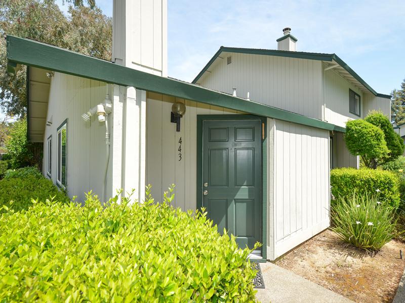 Кооперативная квартира для того Продажа на 443 Freeway Dr, Napa, CA 94558 443 Freeway Dr Napa, Калифорния 94558 Соединенные Штаты