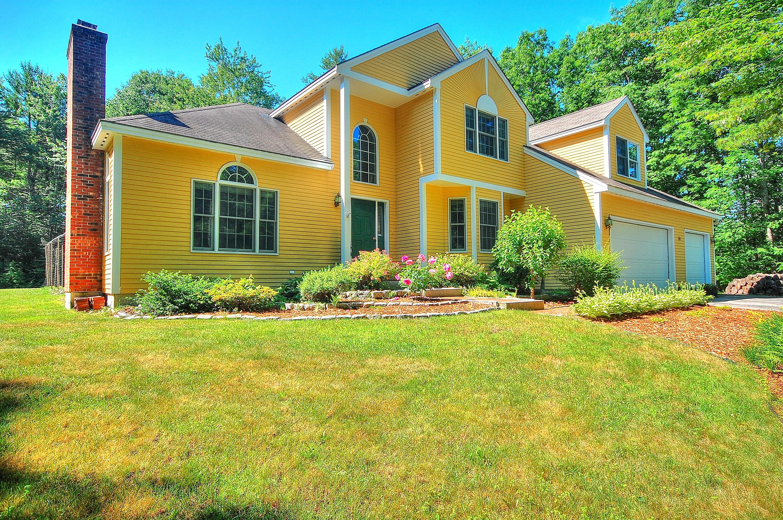Nhà ở một gia đình vì Bán tại 14 Palomino Road, Gilford 14 Palomino Rd Gilford, New Hampshire 03249 Hoa Kỳ