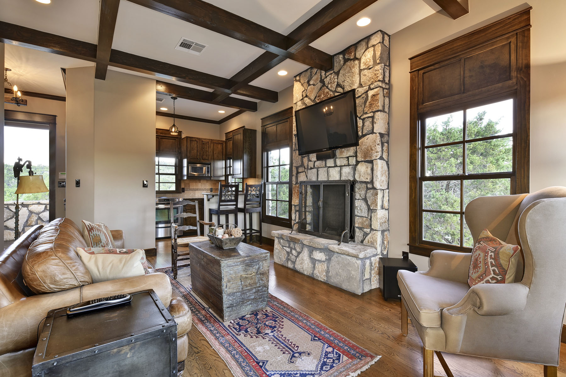 Additional photo for property listing at Luxurious Estate 206 S Angel Light Dr Spicewood, Texas 78669 Estados Unidos