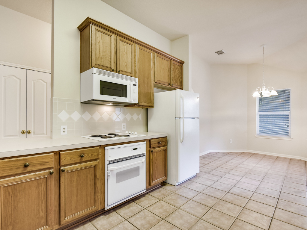 Additional photo for property listing at 7 Troon Dr, Lakeway  Lakeway, Texas 78738 Estados Unidos