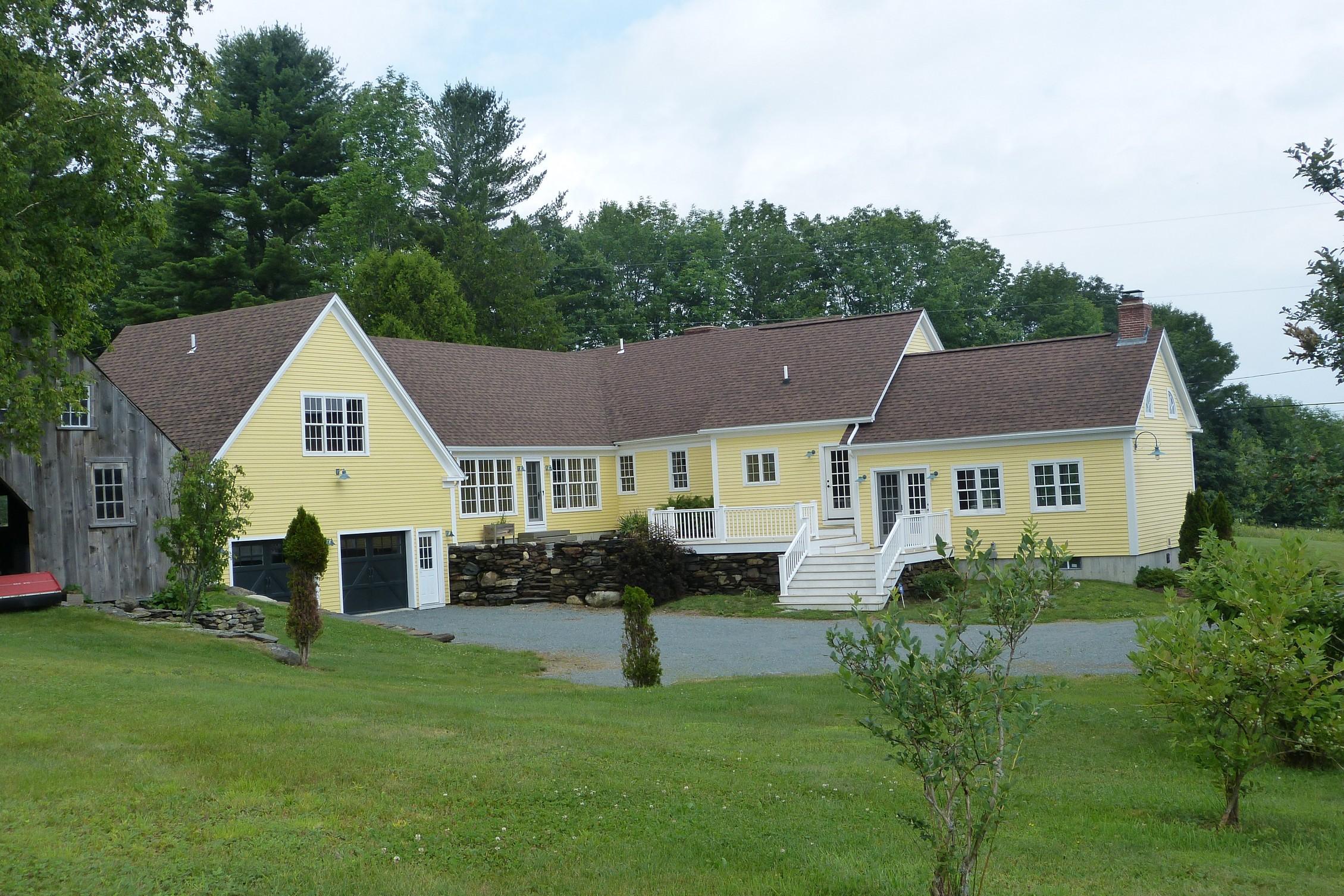 Single Family Home for Sale at 187 Skinny Ridge Road, Lyman 187 Skinny Ridge Rd Lyman, New Hampshire, 03585 United States