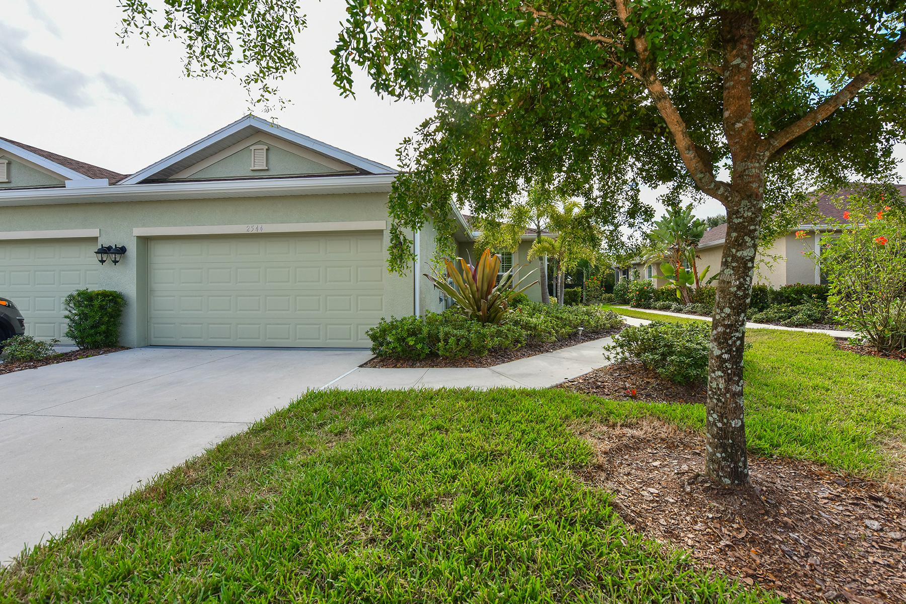 联栋屋 为 销售 在 VERONA RESERVE 2544 Terracina Dr 威尼斯, 佛罗里达州, 34292 美国