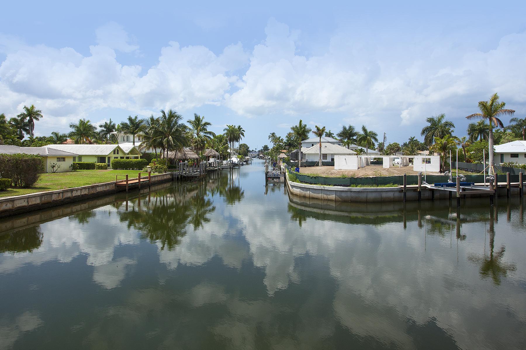 Terreno por un Venta en ROYAL HARBOR 1805 Kingfish Rd Naples, Florida 34102 Estados Unidos