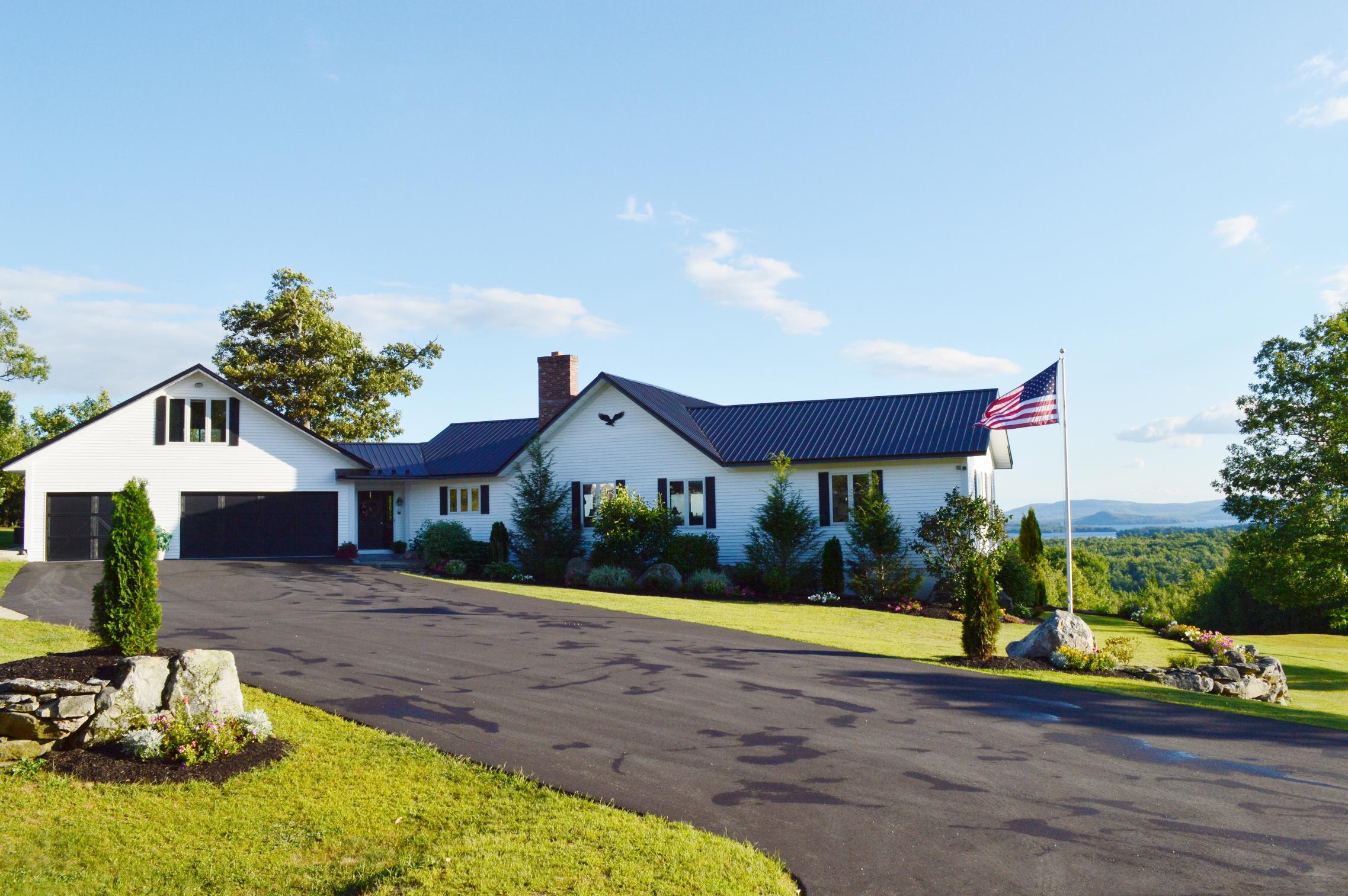 Частный односемейный дом для того Продажа на 61 Furber Lane, Wolfeboro 61 Furber Ln Wolfeboro, Нью-Гэмпшир, 03894 Соединенные Штаты