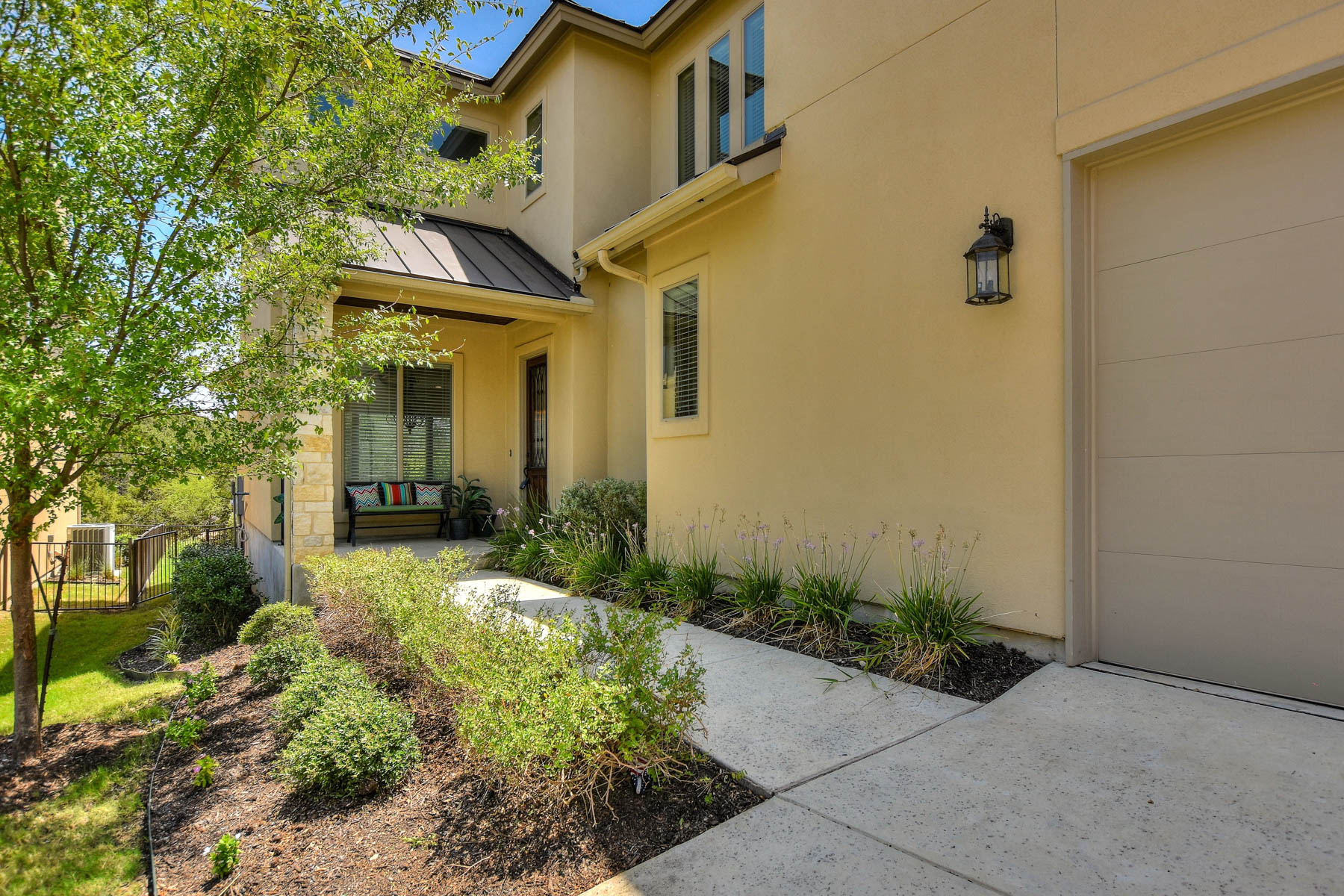 Single Family Home for Sale at A Home for Those Desiring a Carefree Lifestyle 4616 Avery Way San Antonio, Texas 78261 United States