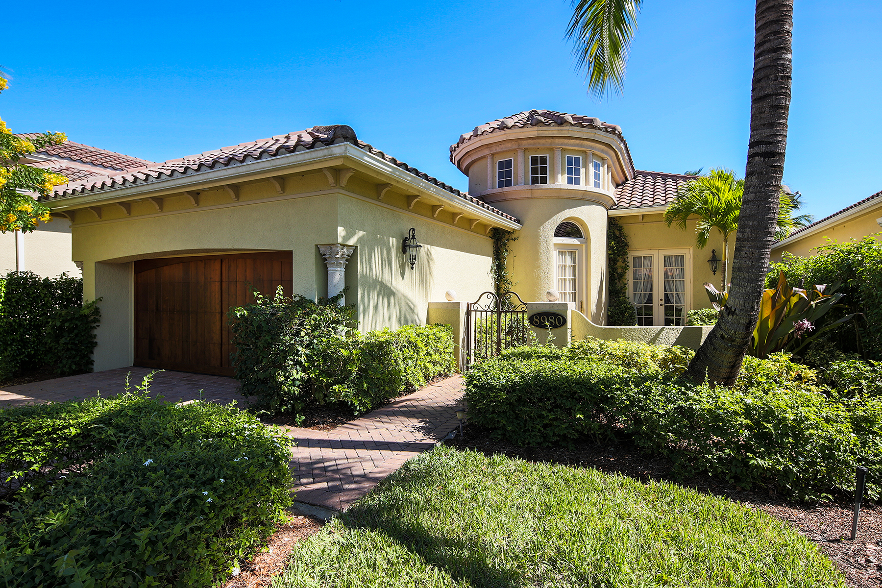 Single Family Home for Sale at FIDDLERS CREECRANBERRY CROSSING 8980 Cherry Oaks Trl Naples, Florida 34114 United States