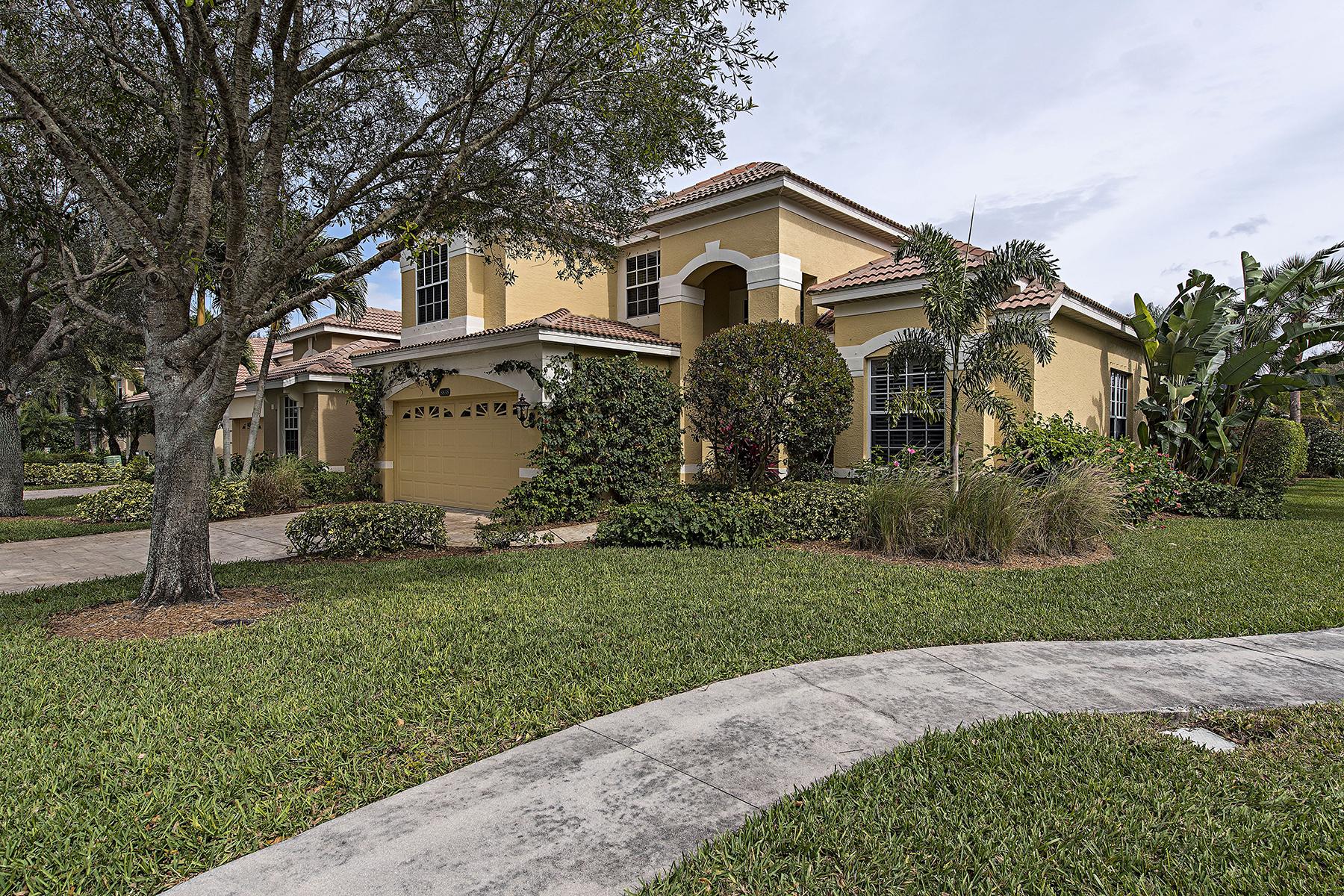 独户住宅 为 销售 在 PELICAN MARSH - VENTURA 8838 Ventura Dr 那不勒斯, 佛罗里达州, 34109 美国