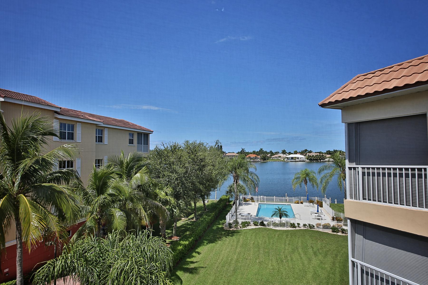 Кондоминиум для того Продажа на MARCO ISLAND - VILLA DEL MAR 816 W Elkcam Cir 301 Marco Island, Флорида, 34145 Соединенные Штаты