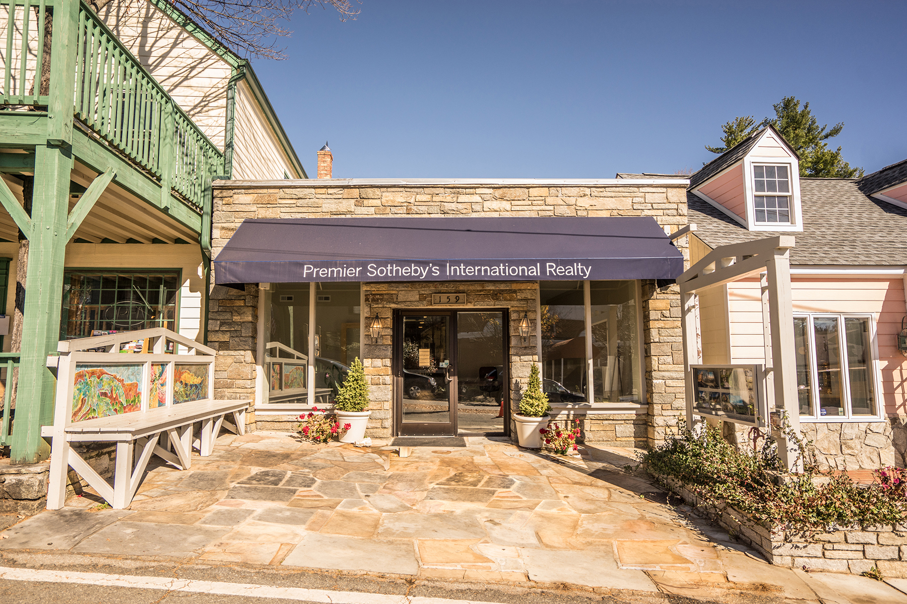 Commercial for Sale at Blowing Rock 159 Sunset Drive, Blowing Rock, North Carolina 28605 United States