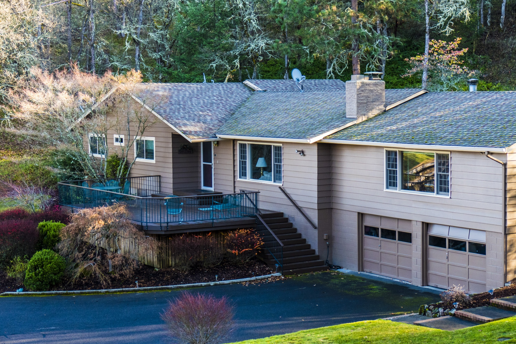 Single Family Home for Sale at 4340 Independence School Road, MEDFORD 4340 Independence School Rd Medford, Oregon, 97501 United States